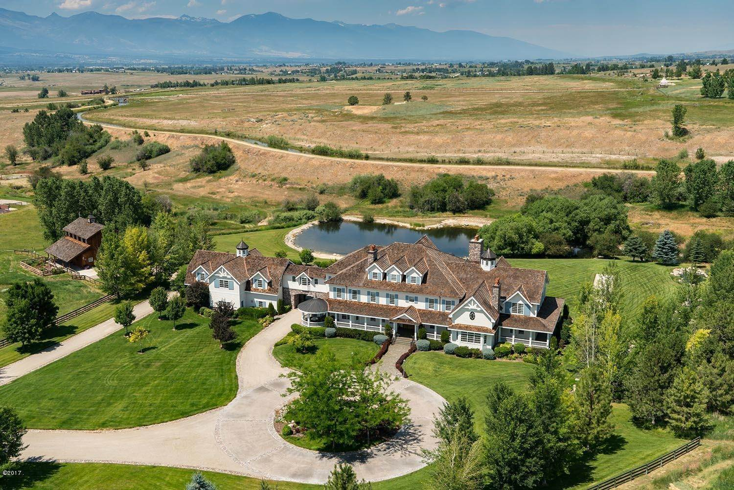 4. Single Family Homes for Sale at 598 Hampton Trail Hamilton, Montana 59840 United States