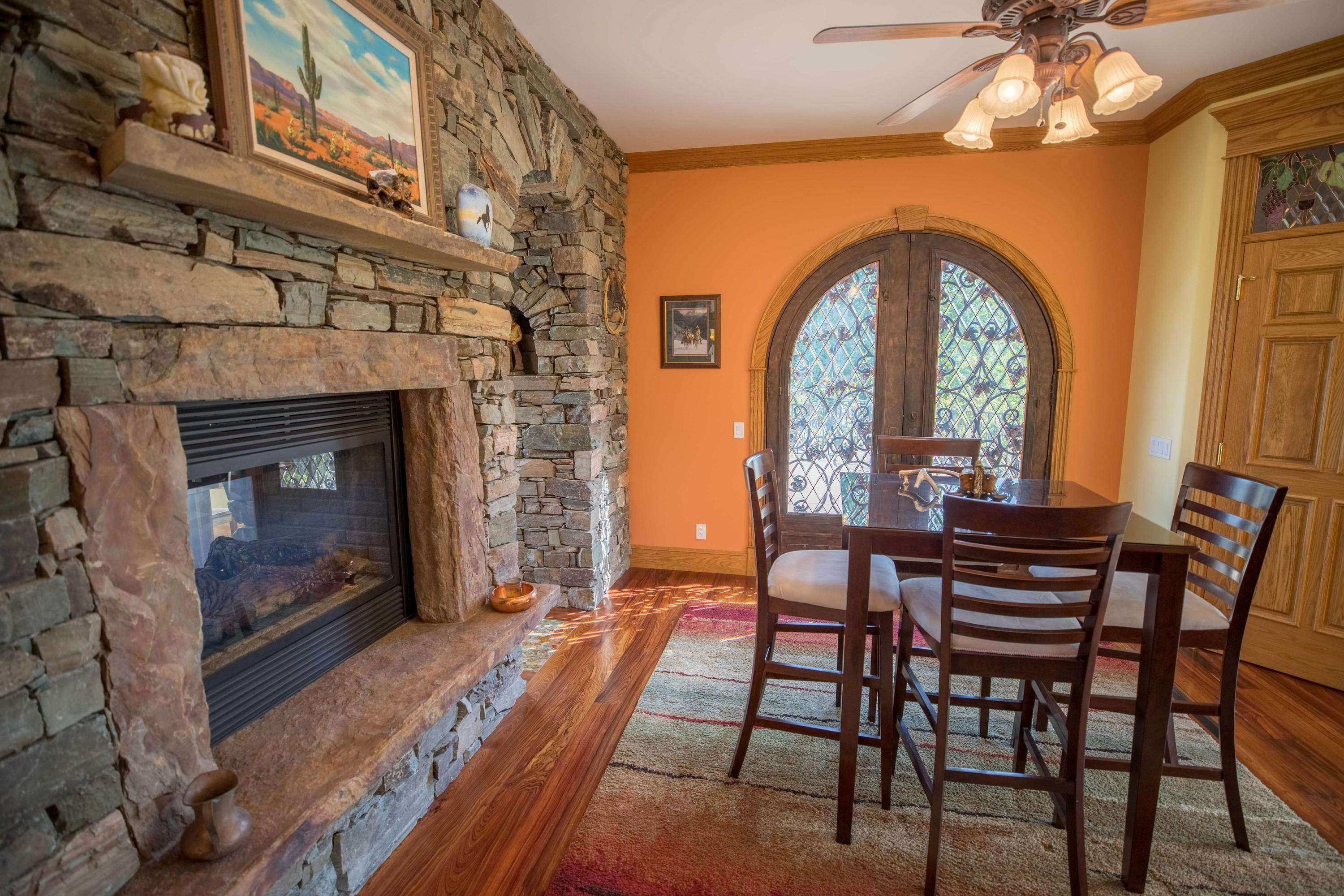 12. Single Family Homes for Sale at 859 Hamilton Heights Road Corvallis, Montana 59828 United States