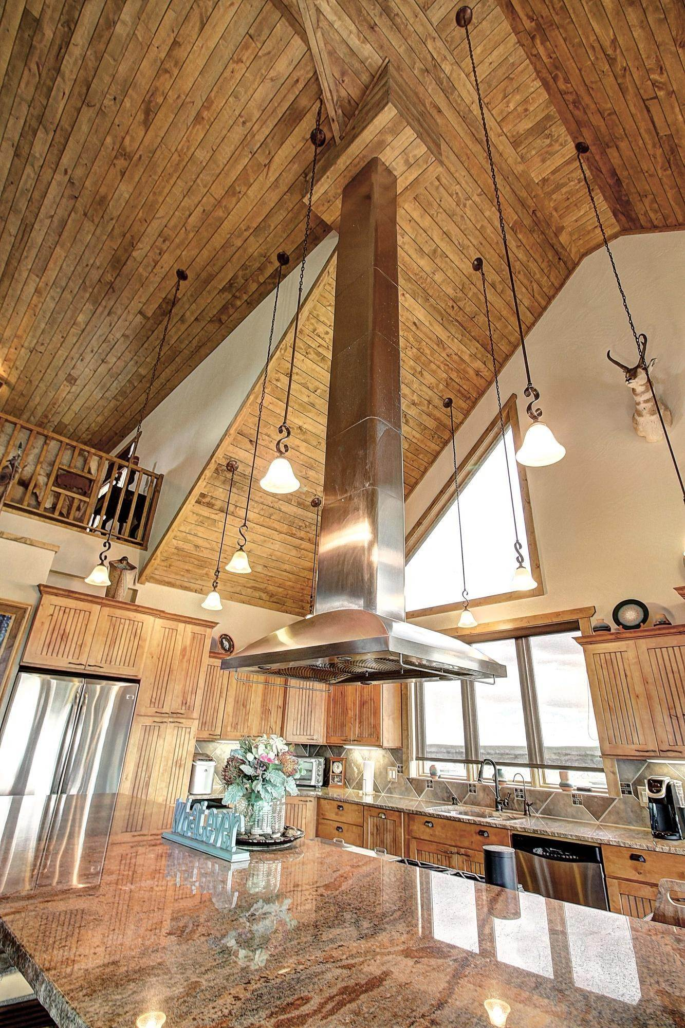 4. Single Family Homes for Sale at 144 Two Dog Night Lane Geraldine, Montana 59446 United States