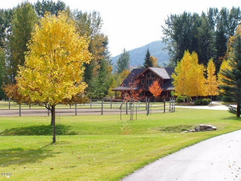 9. Single Family Homes for Sale at 405 Delrey Road Whitefish, Montana 59937 United States