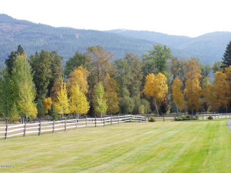11. Single Family Homes for Sale at 405 Delrey Road Whitefish, Montana 59937 United States