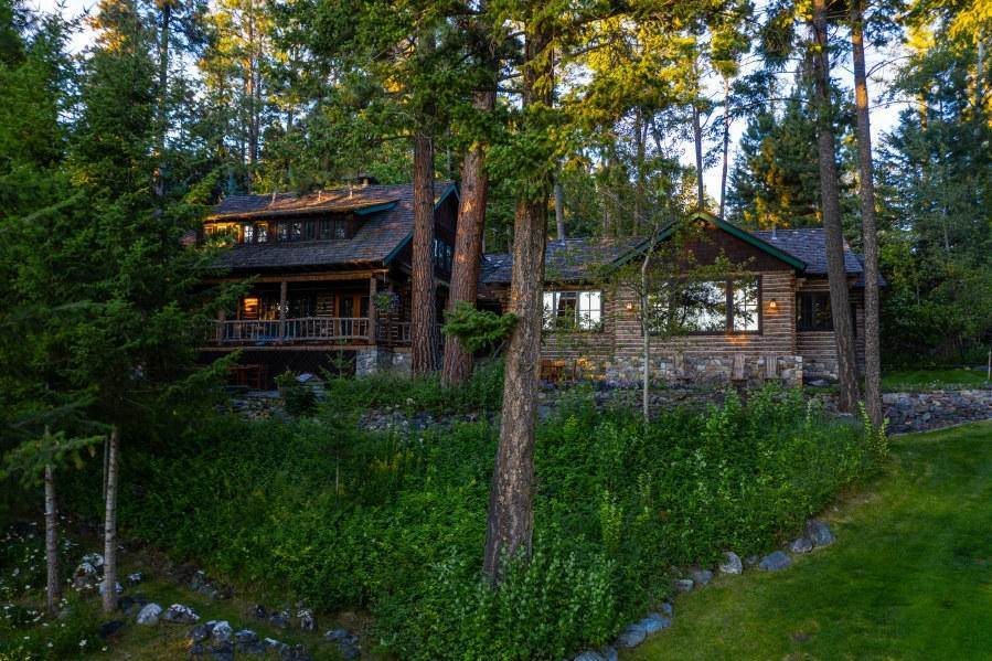 12. Single Family Homes for Sale at 13817 Sylvan Drive Bigfork, Montana 59911 United States