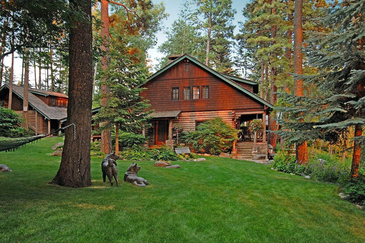 7. Single Family Homes for Sale at 13817 Sylvan Drive Bigfork, Montana 59911 United States