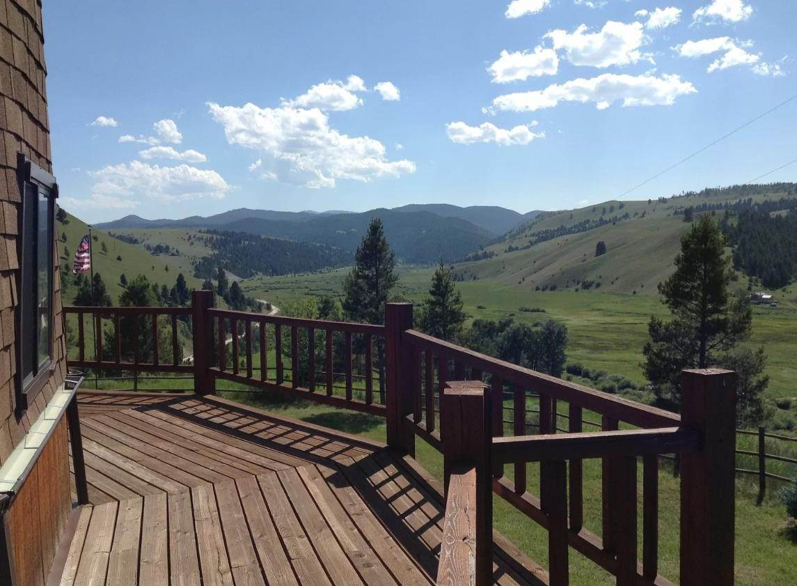 10. Single Family Homes for Sale at 90 Upper Willow Creek Road Philipsburg, Montana 59858 United States