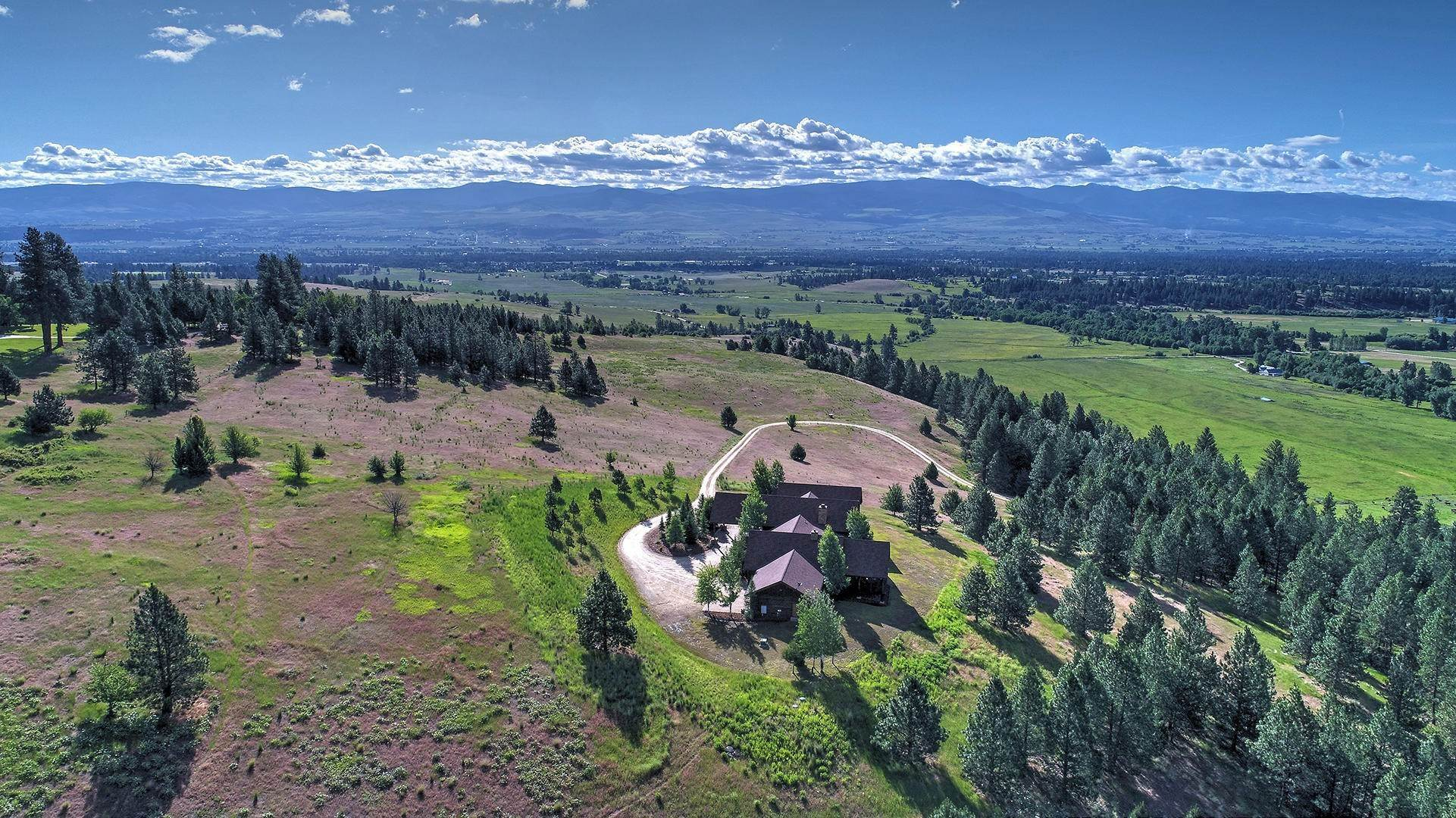 2. Single Family Homes for Sale at 848 Sweathouse Creek Road Victor, Montana 59875 United States
