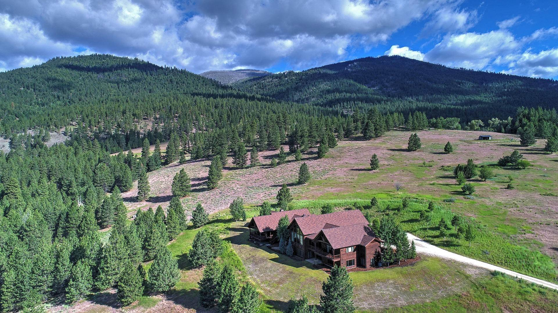 3. Single Family Homes for Sale at 848 Sweathouse Creek Road Victor, Montana 59875 United States
