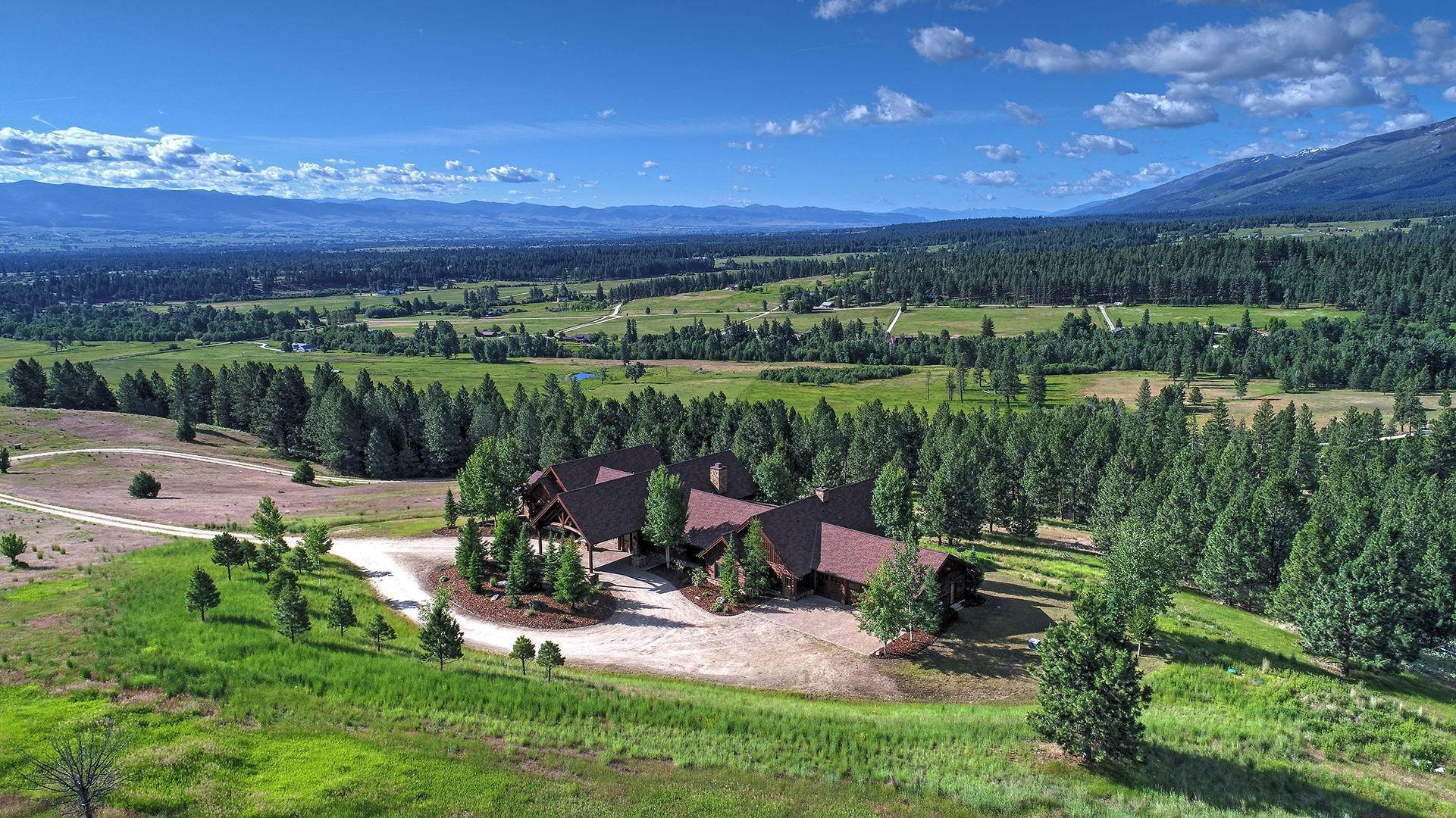 5. Single Family Homes for Sale at 848 Sweathouse Creek Road Victor, Montana 59875 United States