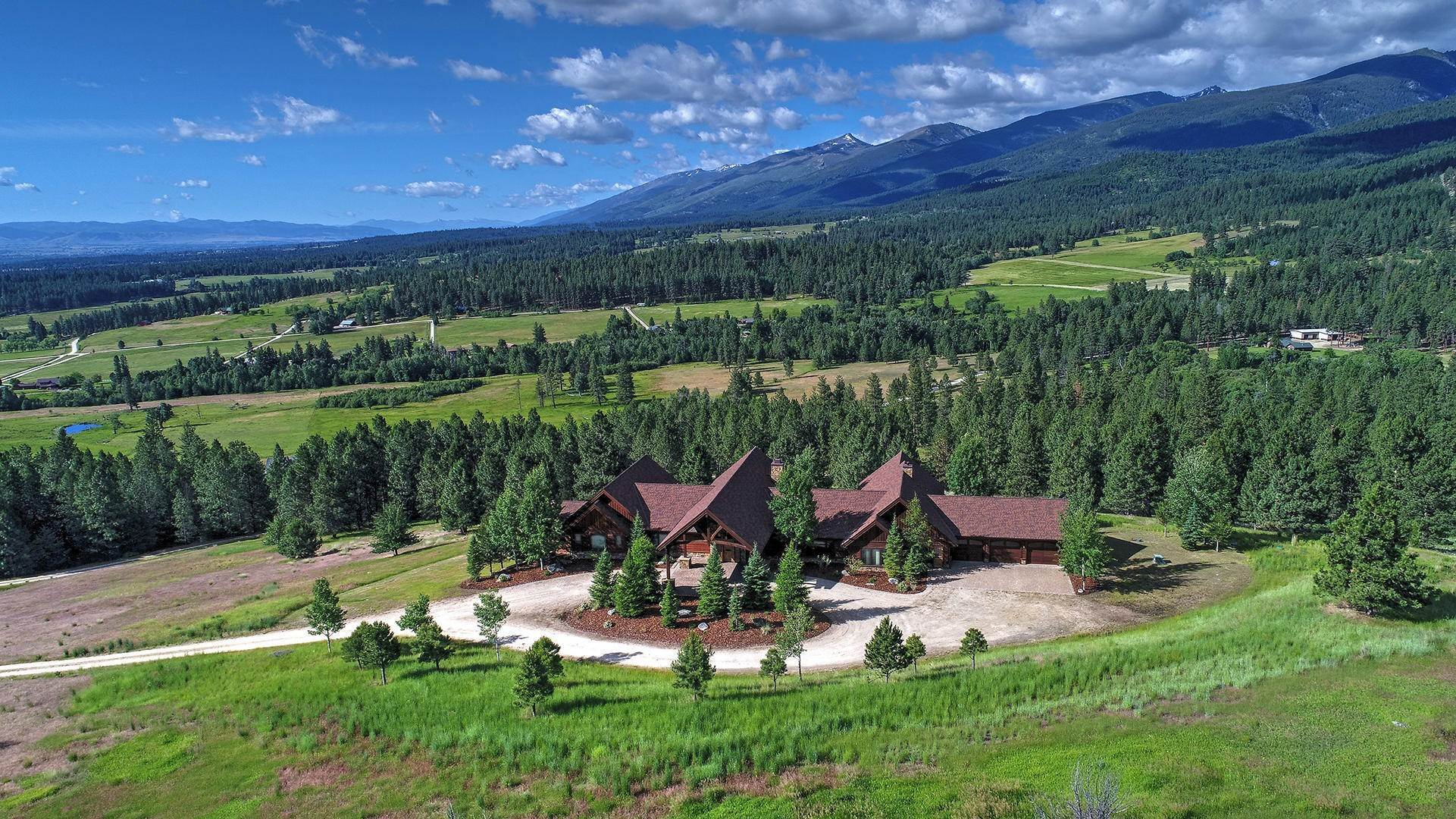 6. Single Family Homes for Sale at 848 Sweathouse Creek Road Victor, Montana 59875 United States