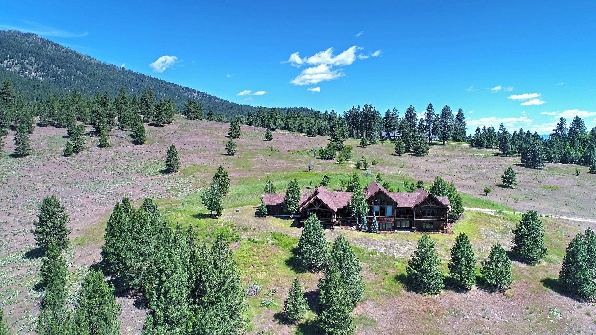 8. Single Family Homes for Sale at 848 Sweathouse Creek Road Victor, Montana 59875 United States