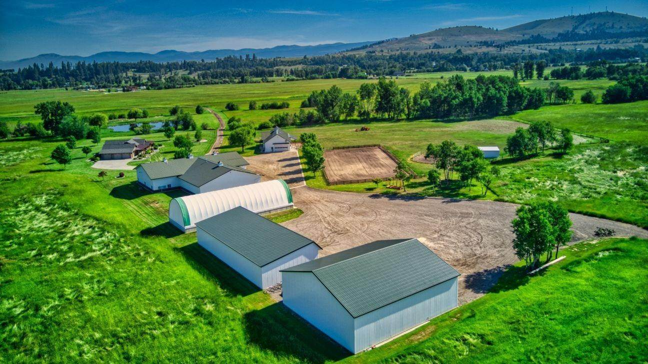 4. Single Family Homes for Sale at 711 Middle Burnt Fork Road Stevensville, Montana 59870 United States