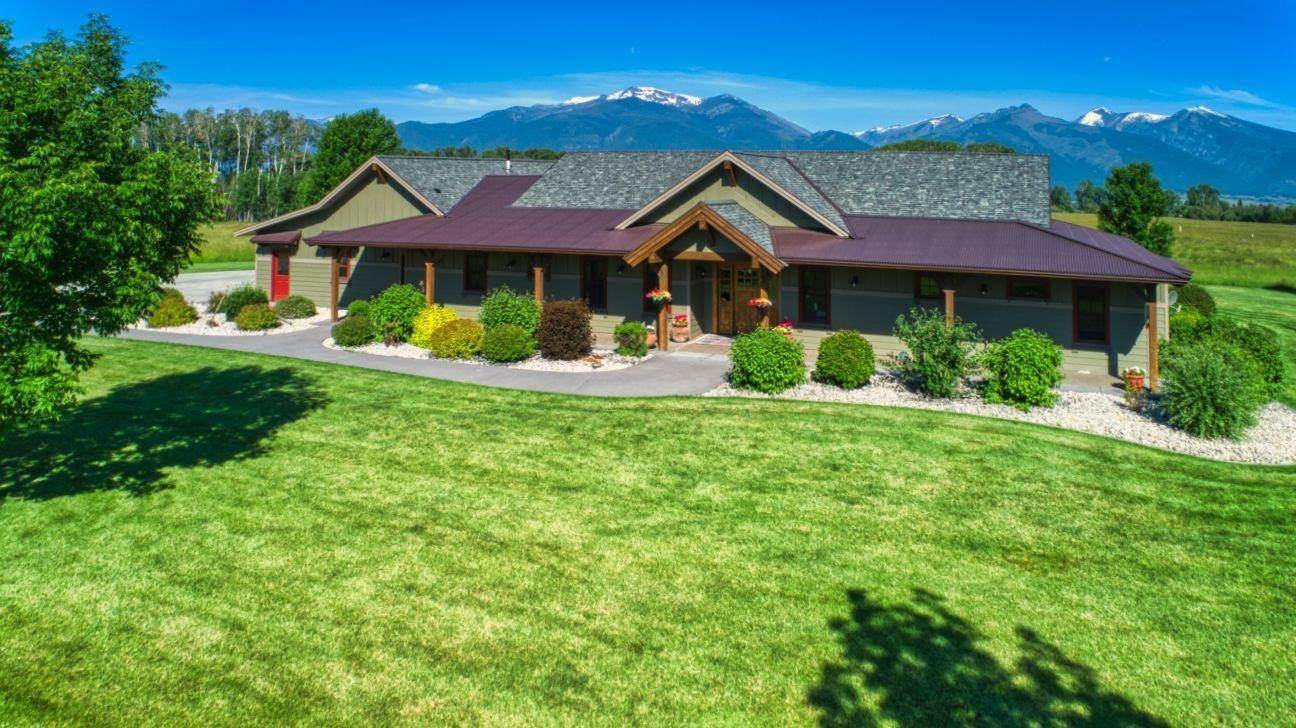9. Single Family Homes for Sale at 711 Middle Burnt Fork Road Stevensville, Montana 59870 United States