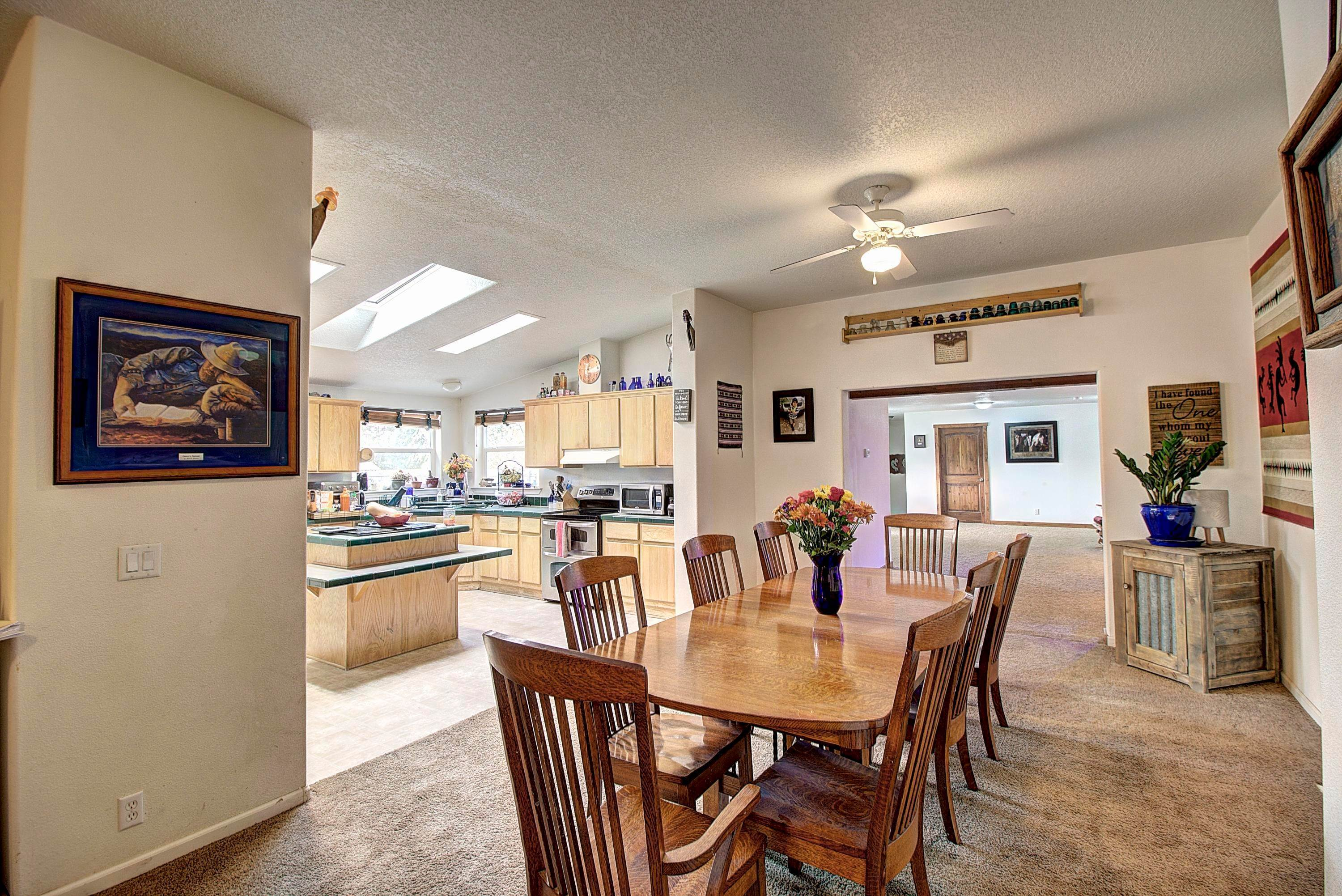 18. Single Family Homes for Sale at 61574 Hillside Road St. Ignatius, Montana 59865 United States