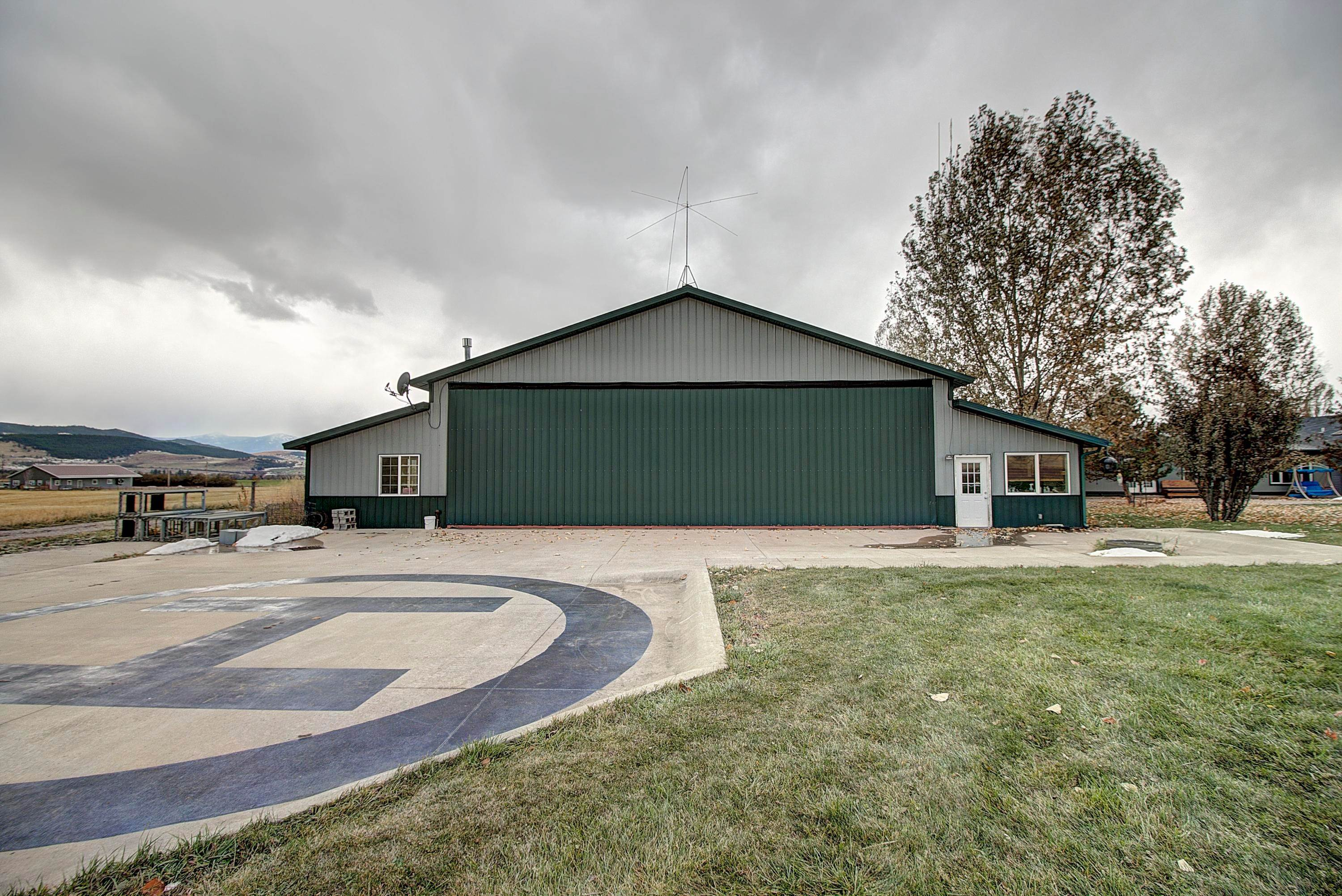 8. Single Family Homes for Sale at 61574 Hillside Road St. Ignatius, Montana 59865 United States