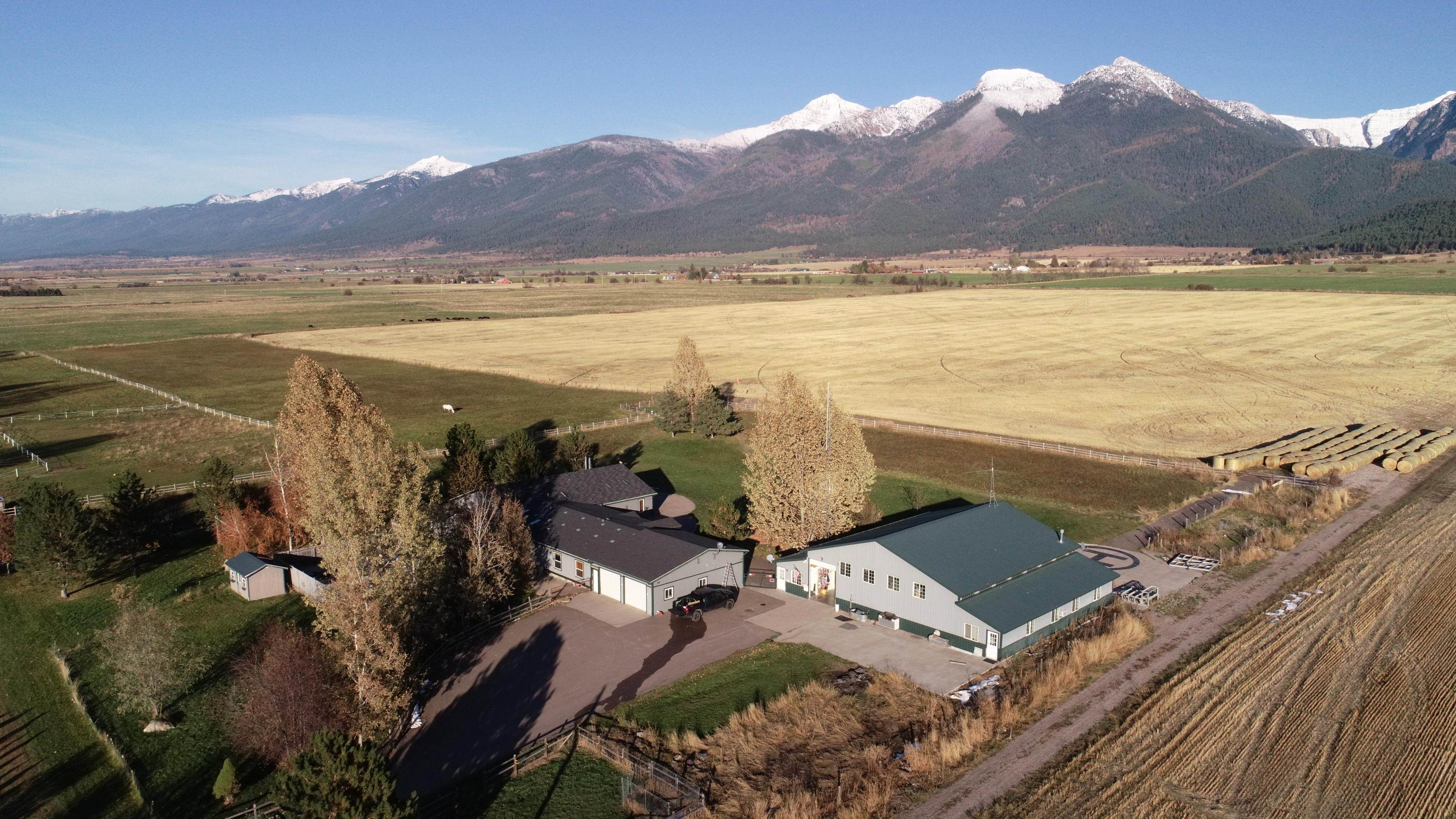 2. Single Family Homes for Sale at 61574 Hillside Road St. Ignatius, Montana 59865 United States