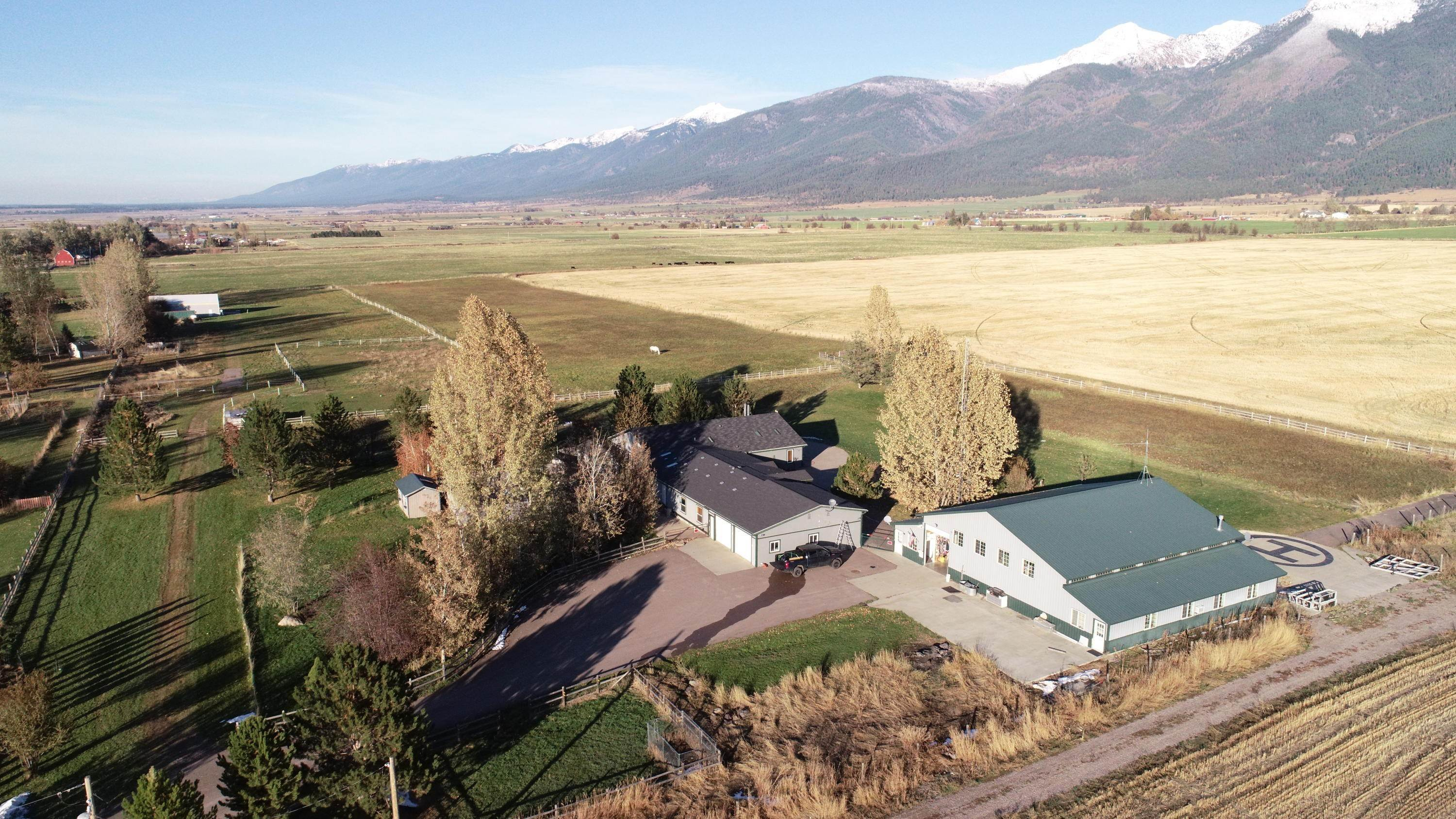 6. Single Family Homes for Sale at 61574 Hillside Road St. Ignatius, Montana 59865 United States