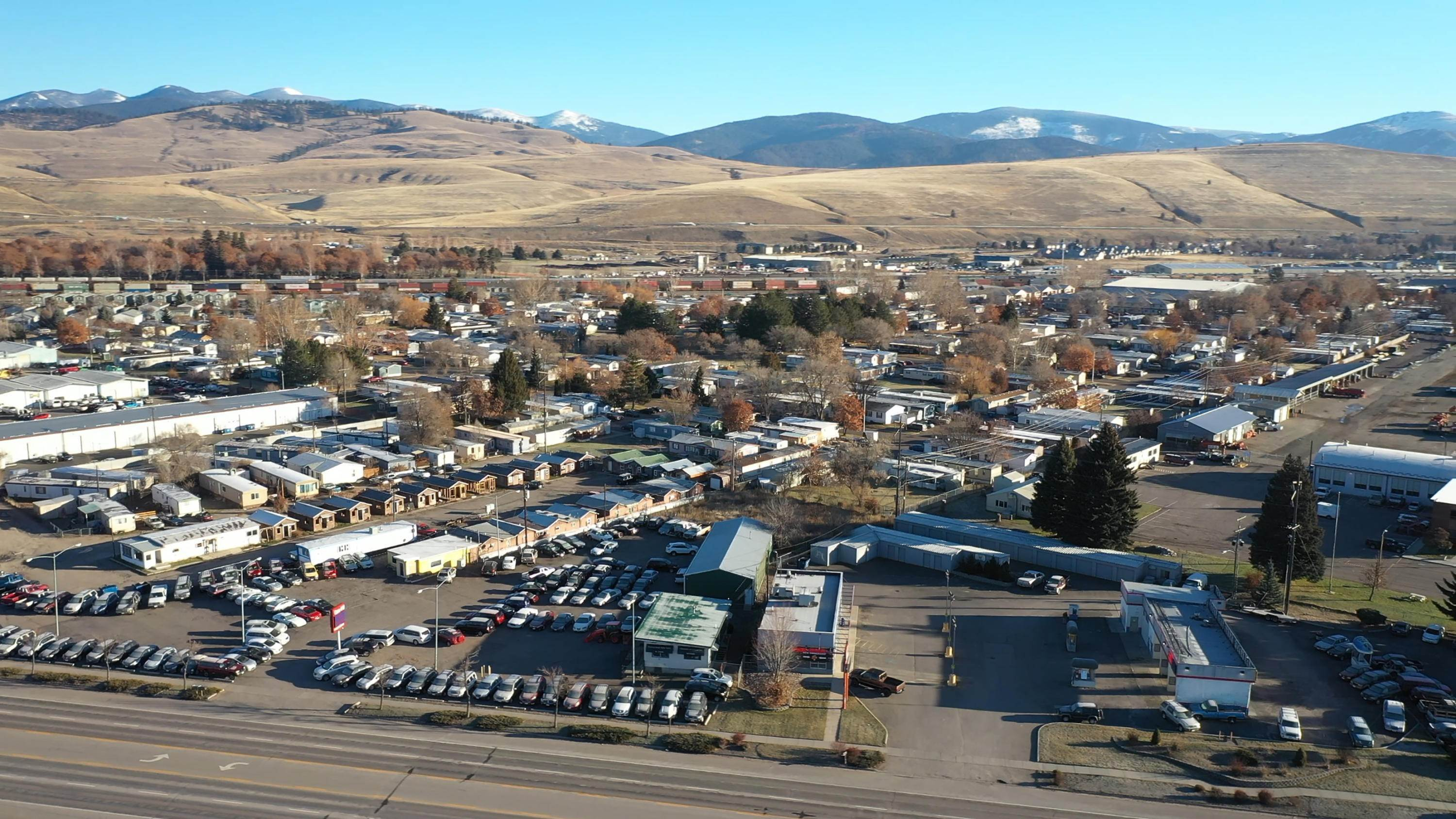 4. Commercial for Sale at 2188 West Broadway Street Missoula, Montana 59808 United States