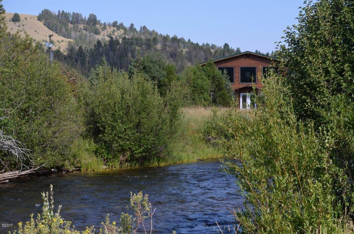 Single Family Homes for Sale at 40 Sandin Ranch Lane Philipsburg, Montana 59858 United States