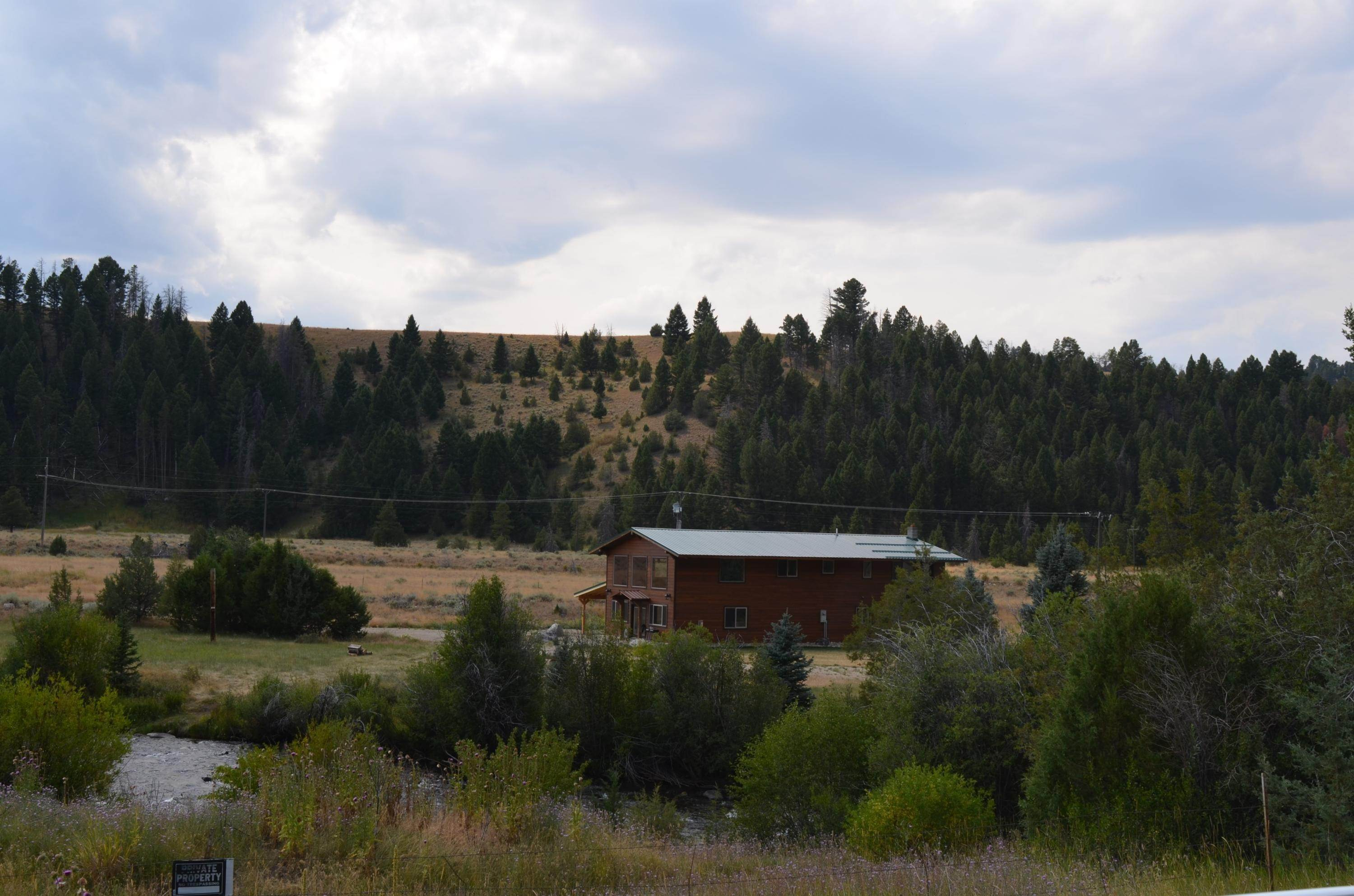2. Single Family Homes for Sale at 40 Sandin Ranch Lane Philipsburg, Montana 59858 United States