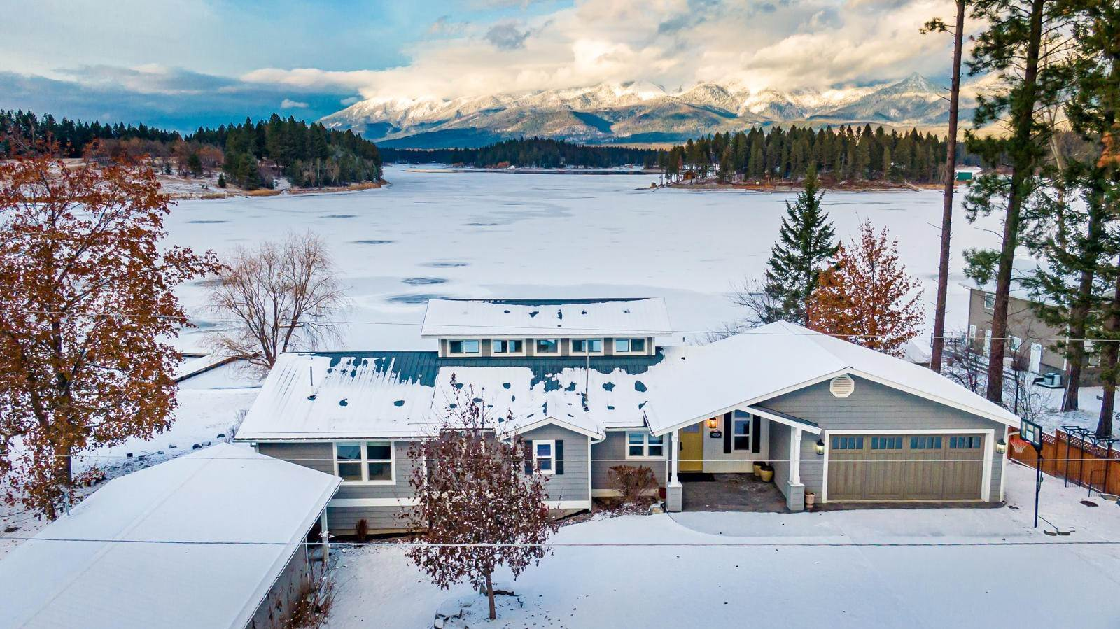 Single Family Homes for Sale at 658 Echo View Drive Bigfork, Montana 59911 United States