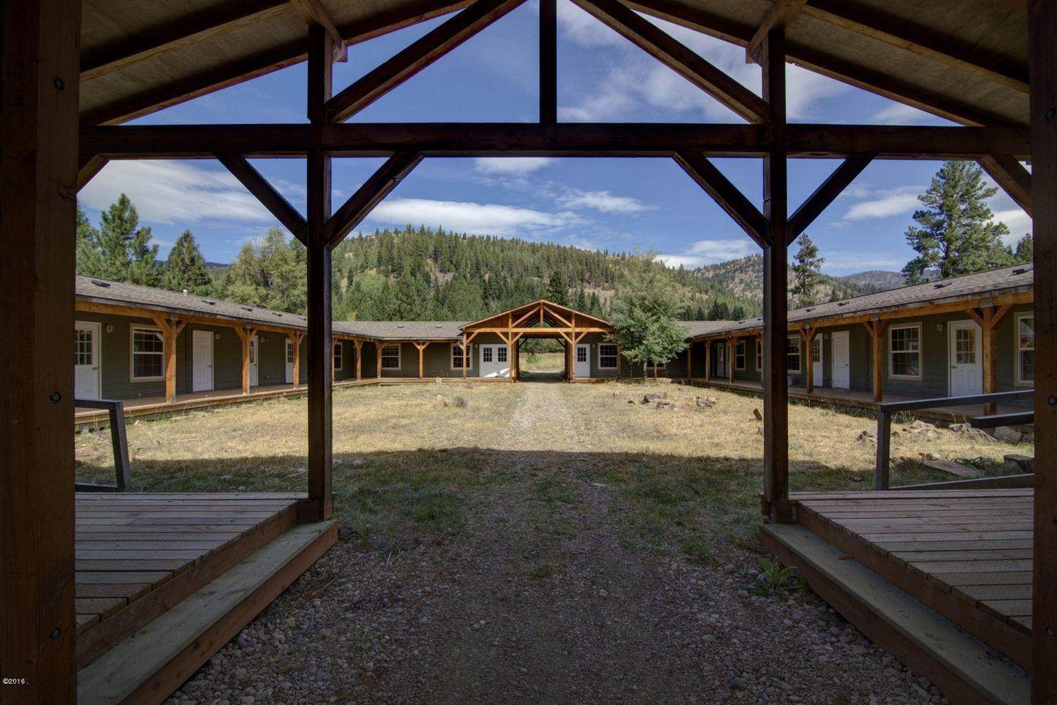 9. Single Family Homes for Sale at 12500 Cramer Creek Road Clinton, Montana 59825 United States