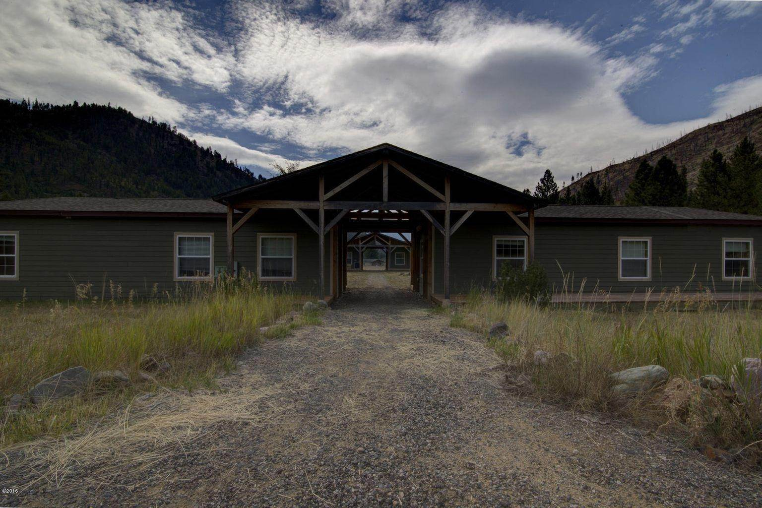11. Single Family Homes for Sale at 12500 Cramer Creek Road Clinton, Montana 59825 United States