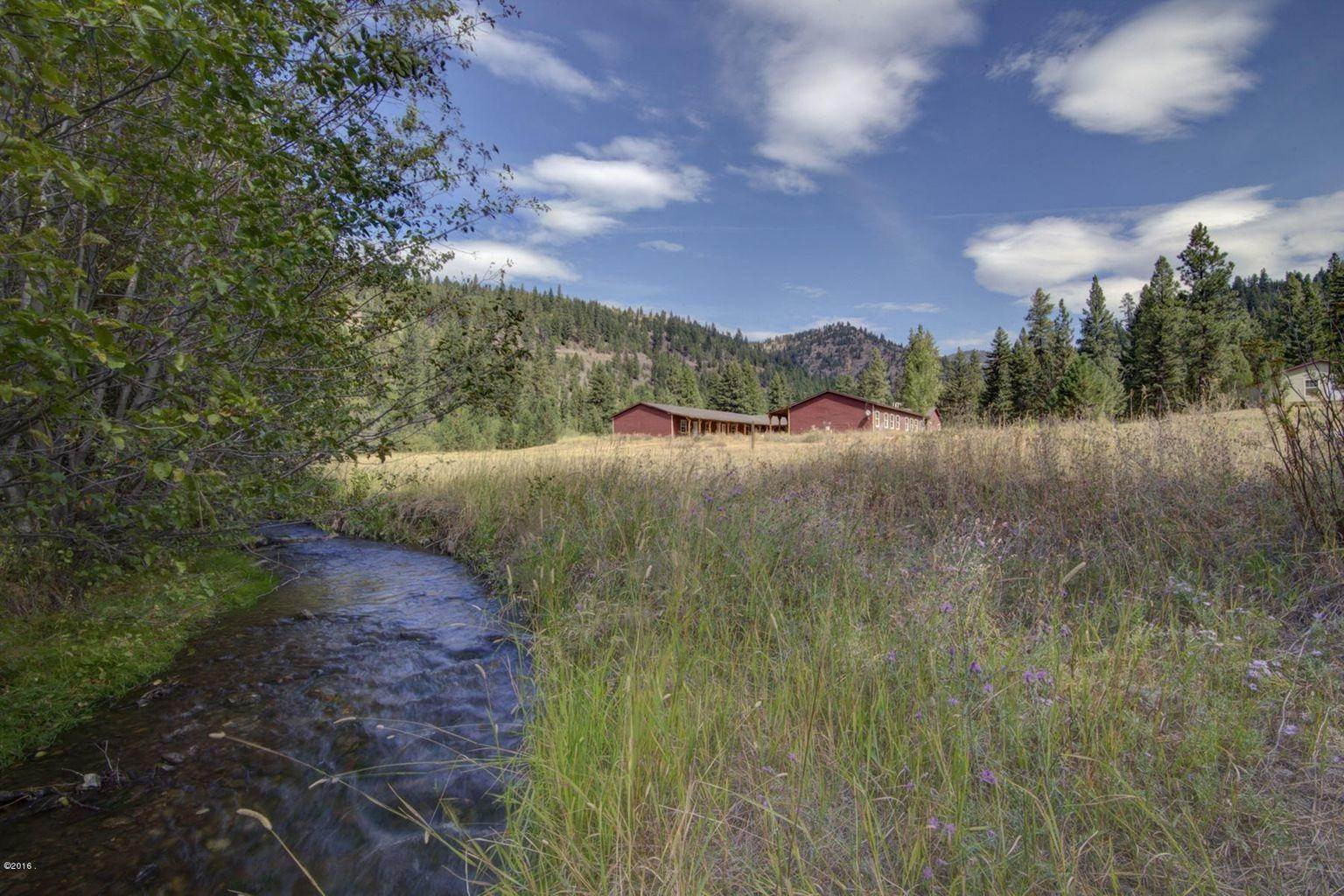 15. Single Family Homes for Sale at 12500 Cramer Creek Road Clinton, Montana 59825 United States