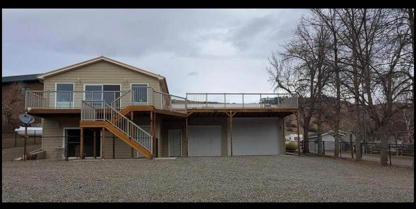 Single Family Homes for Sale at 1858 Beartooth Road Wolf Creek, Montana 59648 United States