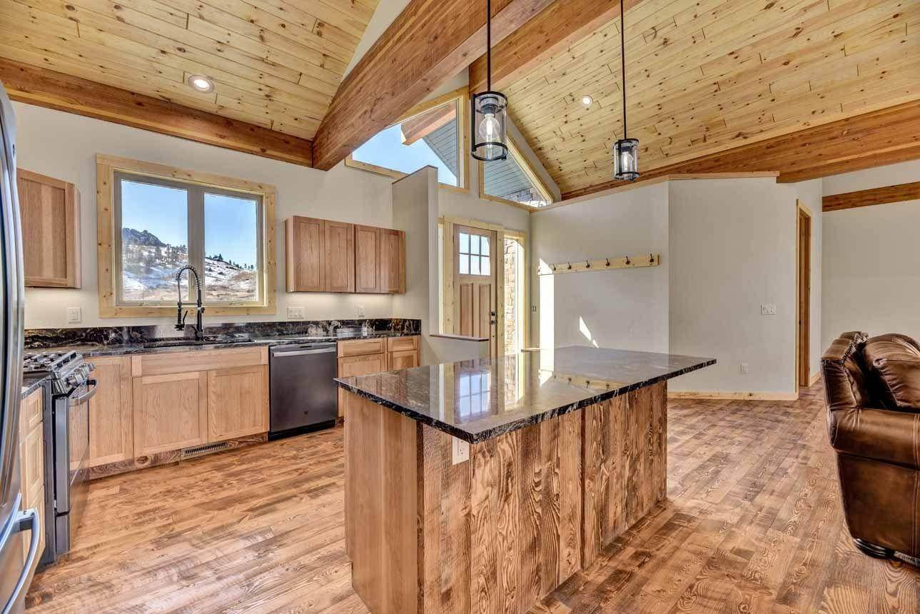10. Single Family Homes for Sale at 41 Meadow Lane Cascade, Montana 59421 United States