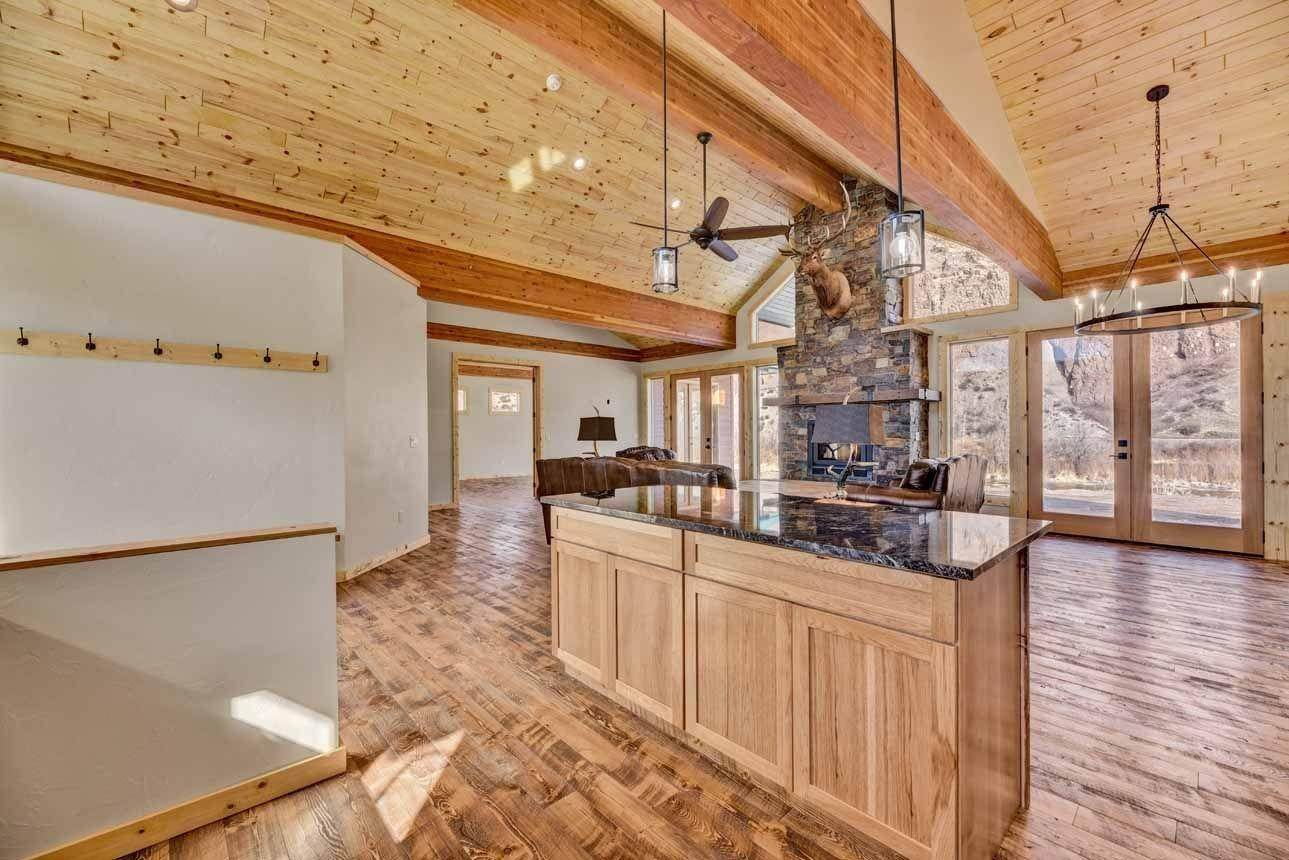 12. Single Family Homes for Sale at 41 Meadow Lane Cascade, Montana 59421 United States