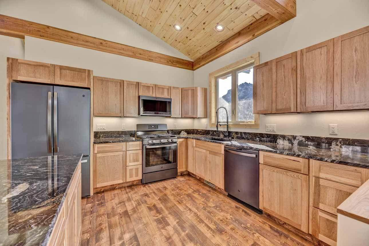9. Single Family Homes for Sale at 41 Meadow Lane Cascade, Montana 59421 United States