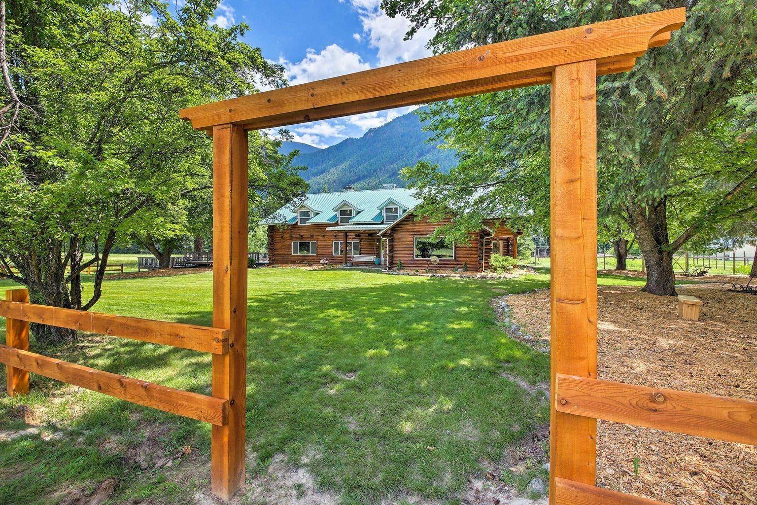 Commercial for Sale at 1021 Swanson Lodge Road Troy, Montana 59935 United States