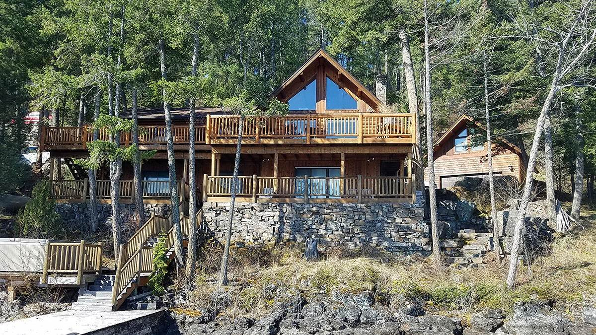 Single Family Homes for Sale at 345 Whipps Lane Lakeside, Montana 59922 United States
