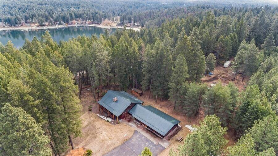 2. Single Family Homes for Sale at 240 Lake Blaine Drive Kalispell, Montana 59901 United States