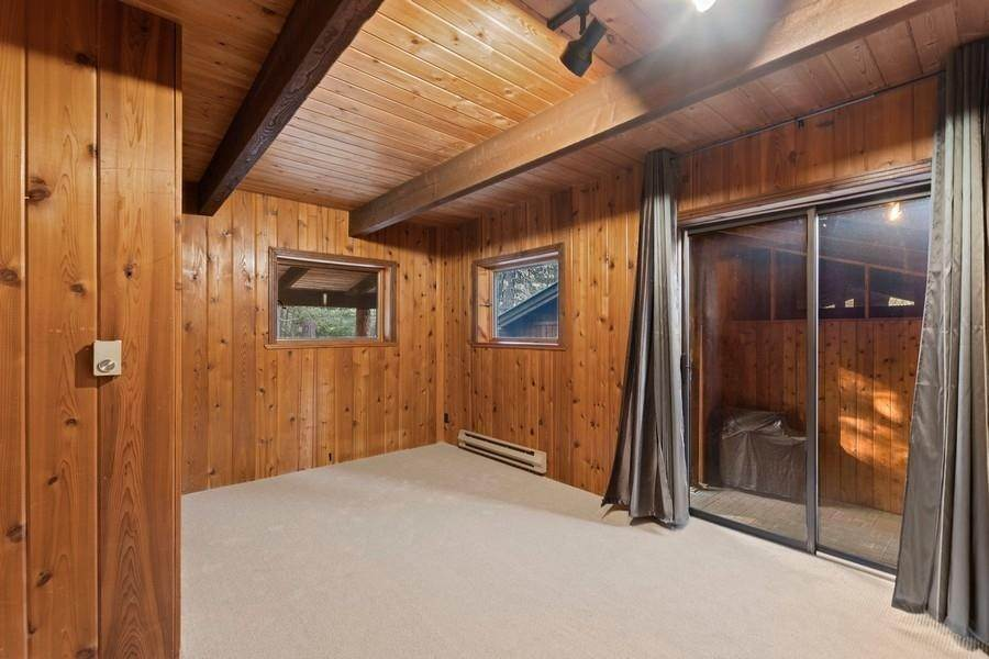 12. Single Family Homes for Sale at 240 Lake Blaine Drive Kalispell, Montana 59901 United States