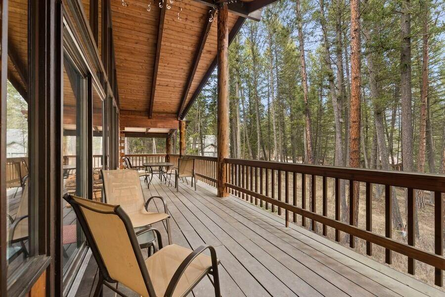 24. Single Family Homes for Sale at 240 Lake Blaine Drive Kalispell, Montana 59901 United States