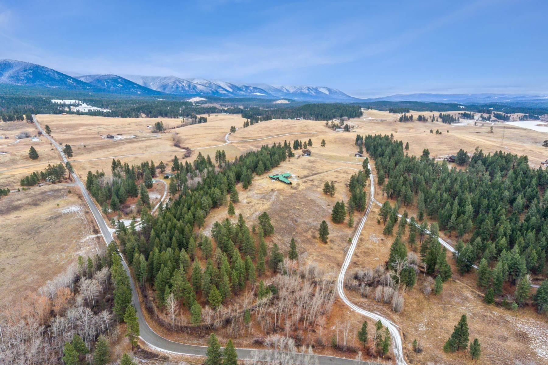 2. Single Family Homes for Sale at 225 Game Trail Eureka, Montana 59917 United States