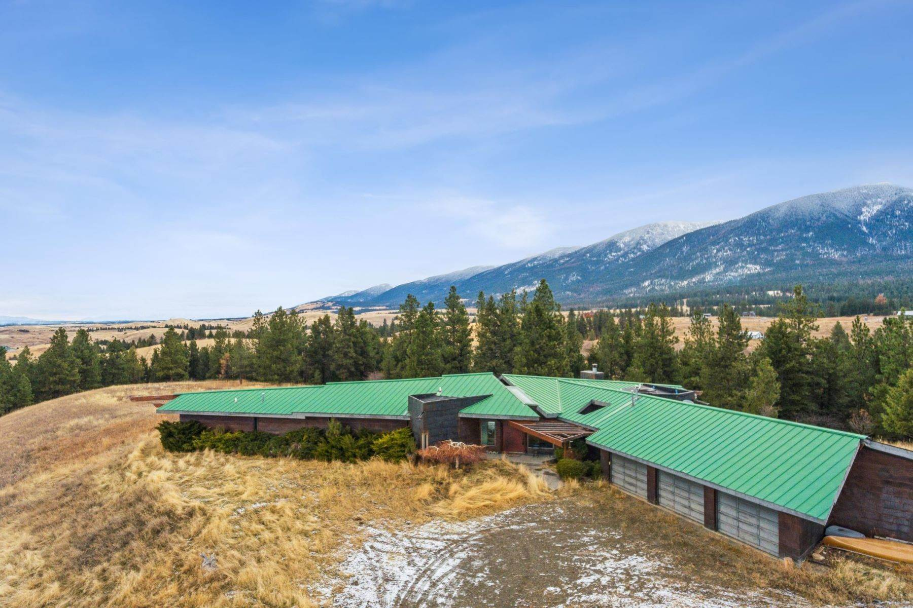 6. Single Family Homes for Sale at 225 Game Trail Eureka, Montana 59917 United States