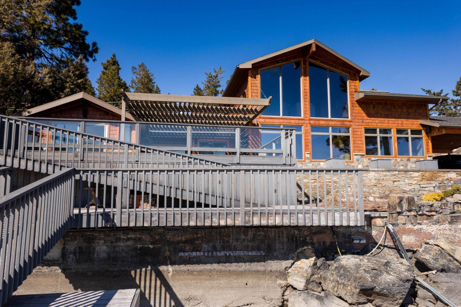 48. Single Family Homes for Sale at Flathead Lake Living 5505 Us Hwy 93 Somers, Montana 59932 United States