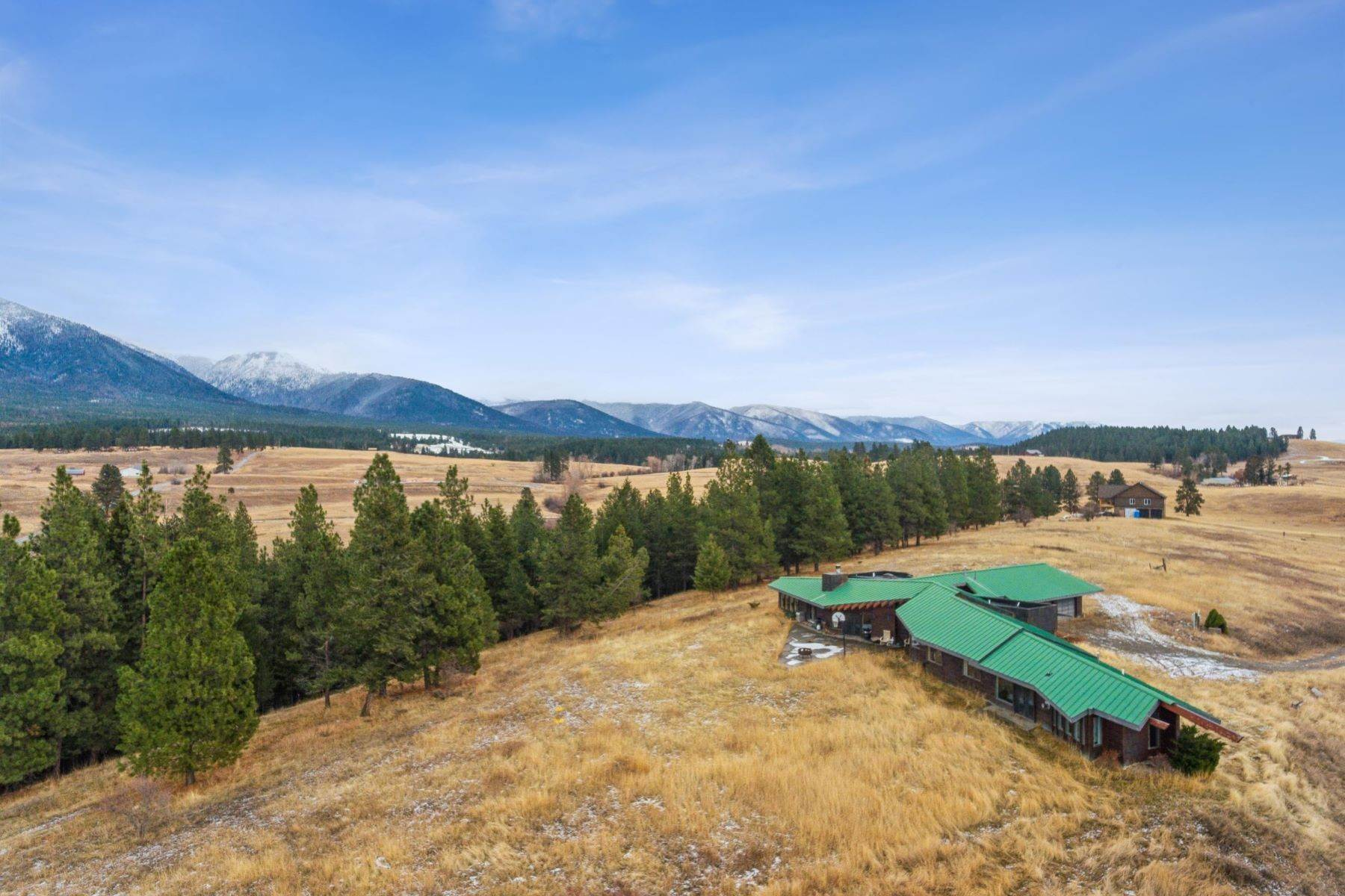 5. Single Family Homes for Sale at 225 Game Trail Eureka, Montana 59917 United States