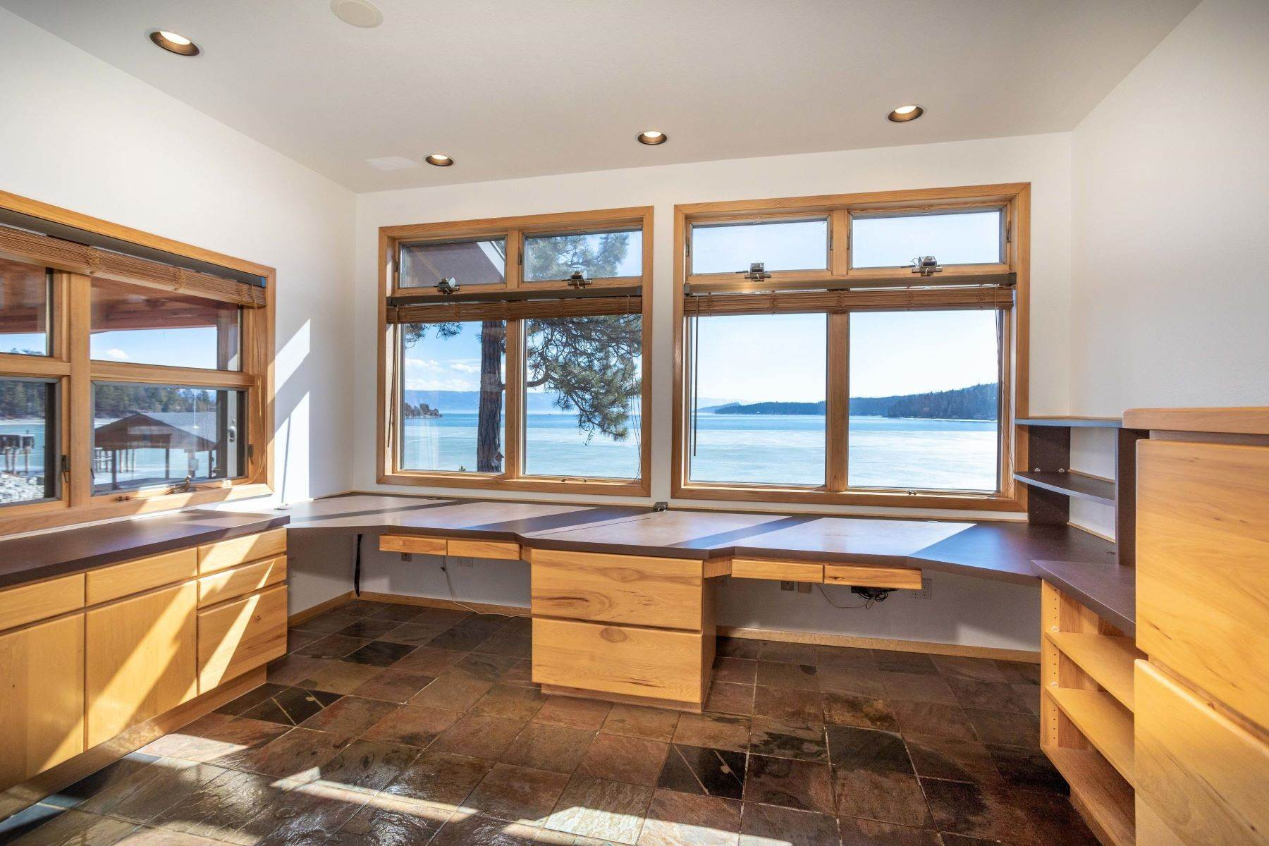 3. Single Family Homes for Sale at Flathead Lake Living 5505 Us Hwy 93 Somers, Montana 59932 United States