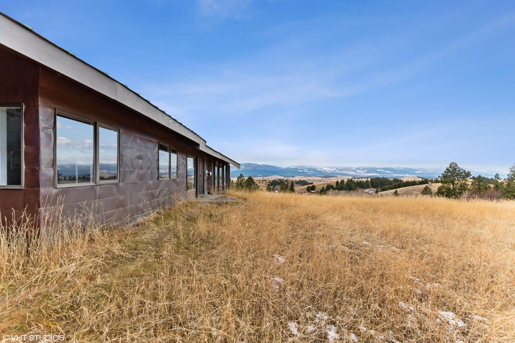 7. Single Family Homes for Sale at 225 Game Trail Eureka, Montana 59917 United States