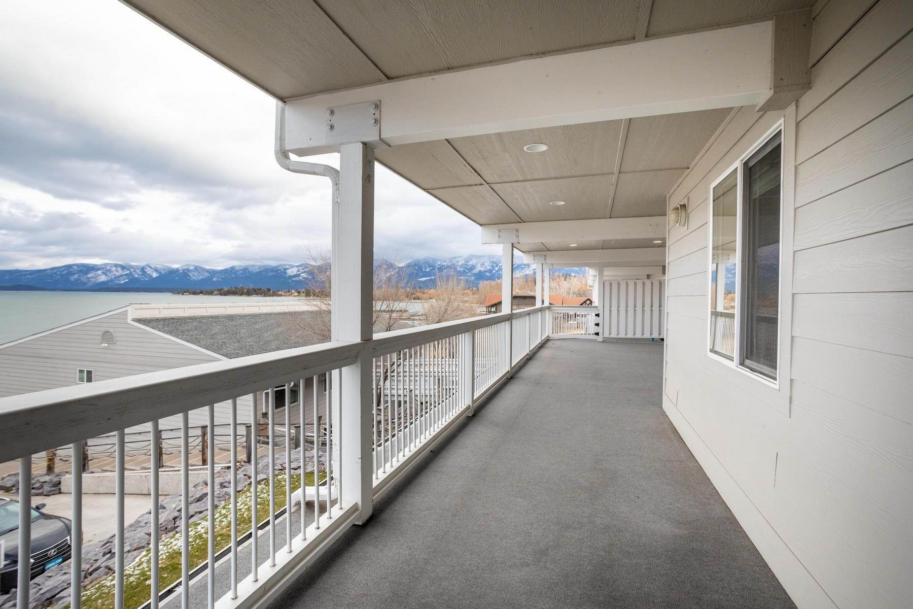 37. Multi-Family Homes for Sale at Lake Place Condos 50300 Us Hwy 93 Polson, Montana 59860 United States