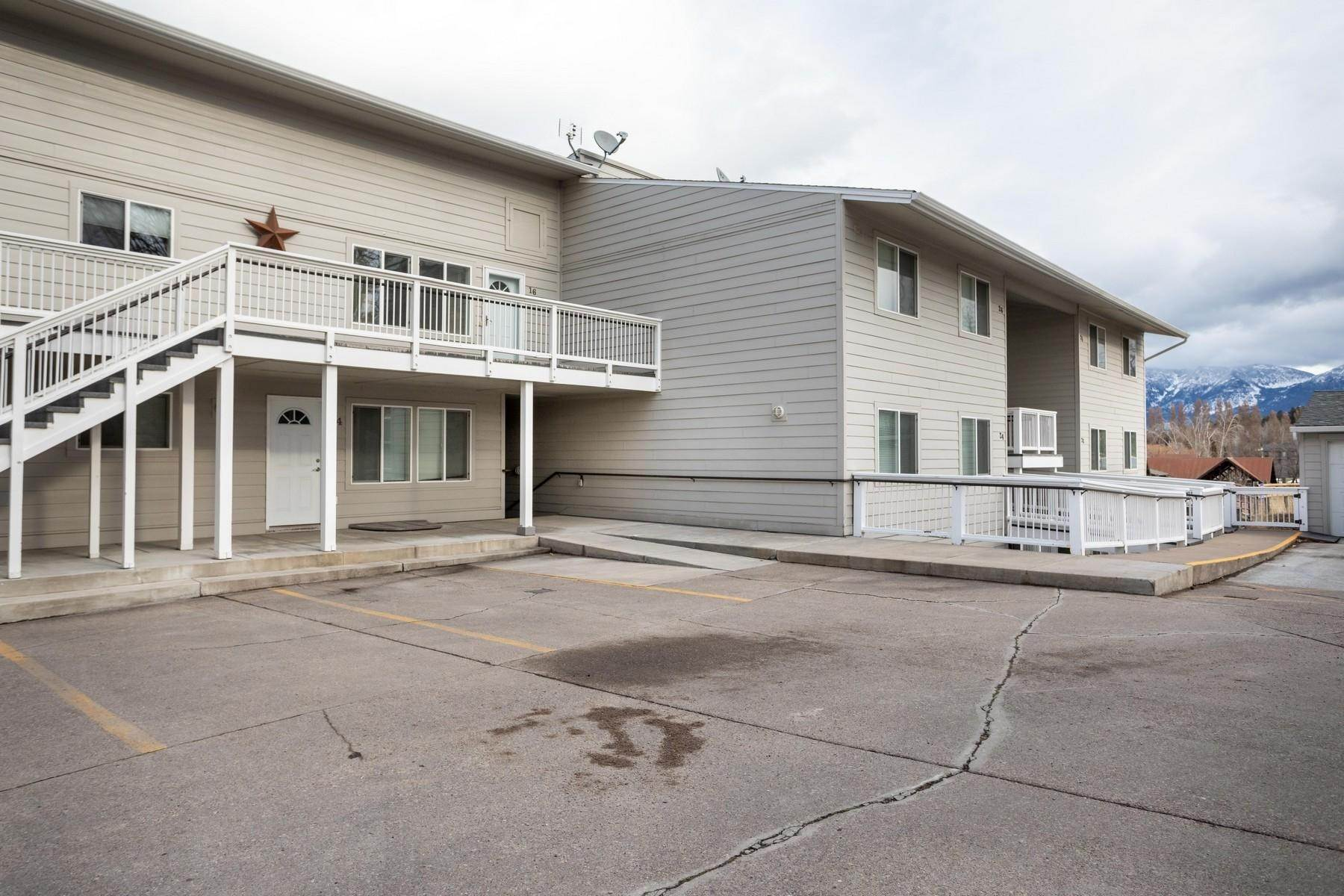 41. Multi-Family Homes for Sale at Lake Place Condos 50300 Us Hwy 93 Polson, Montana 59860 United States