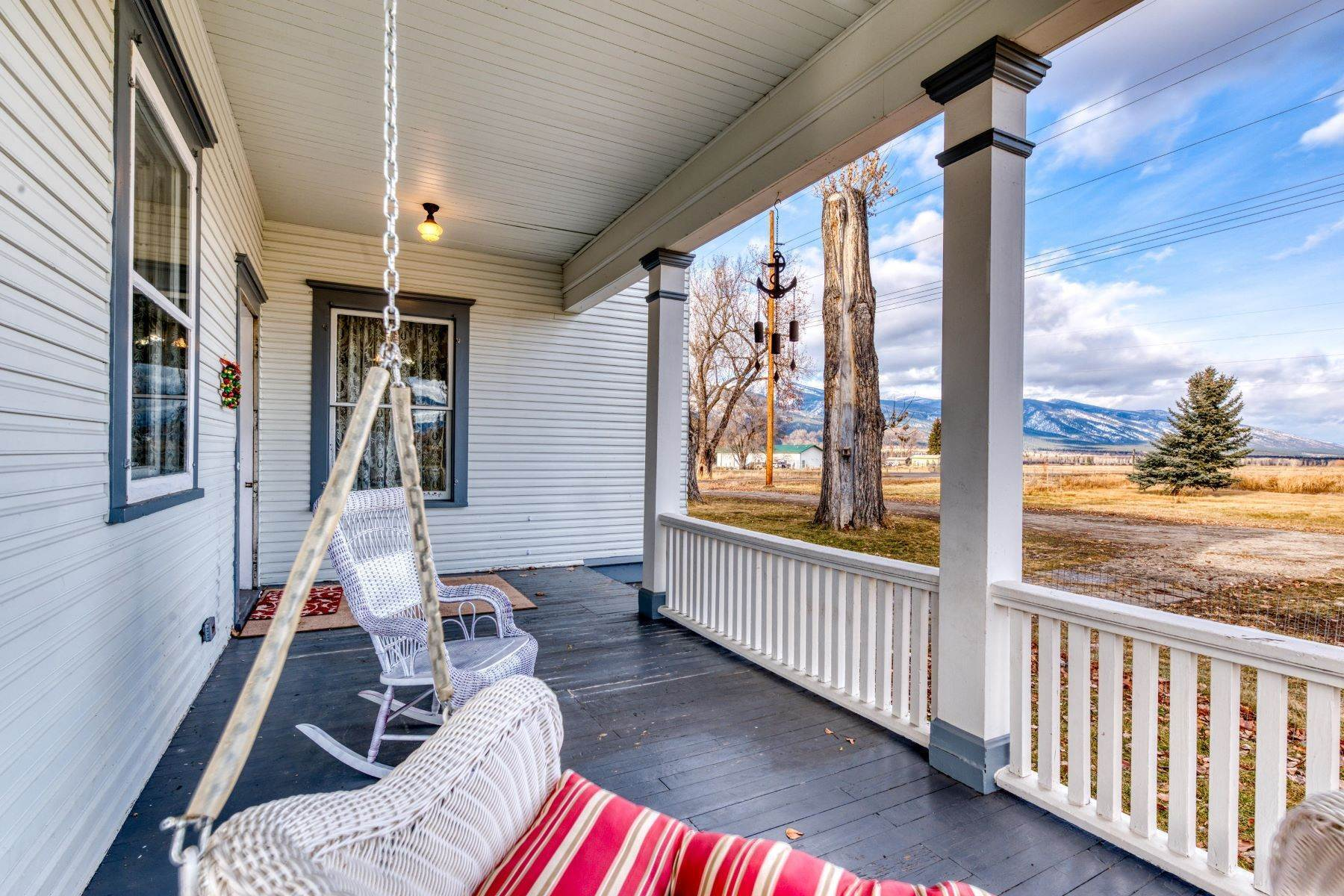 41. Single Family Homes for Sale at Historic Bass Mansion 100 College Street Stevensville, Montana 59870 United States