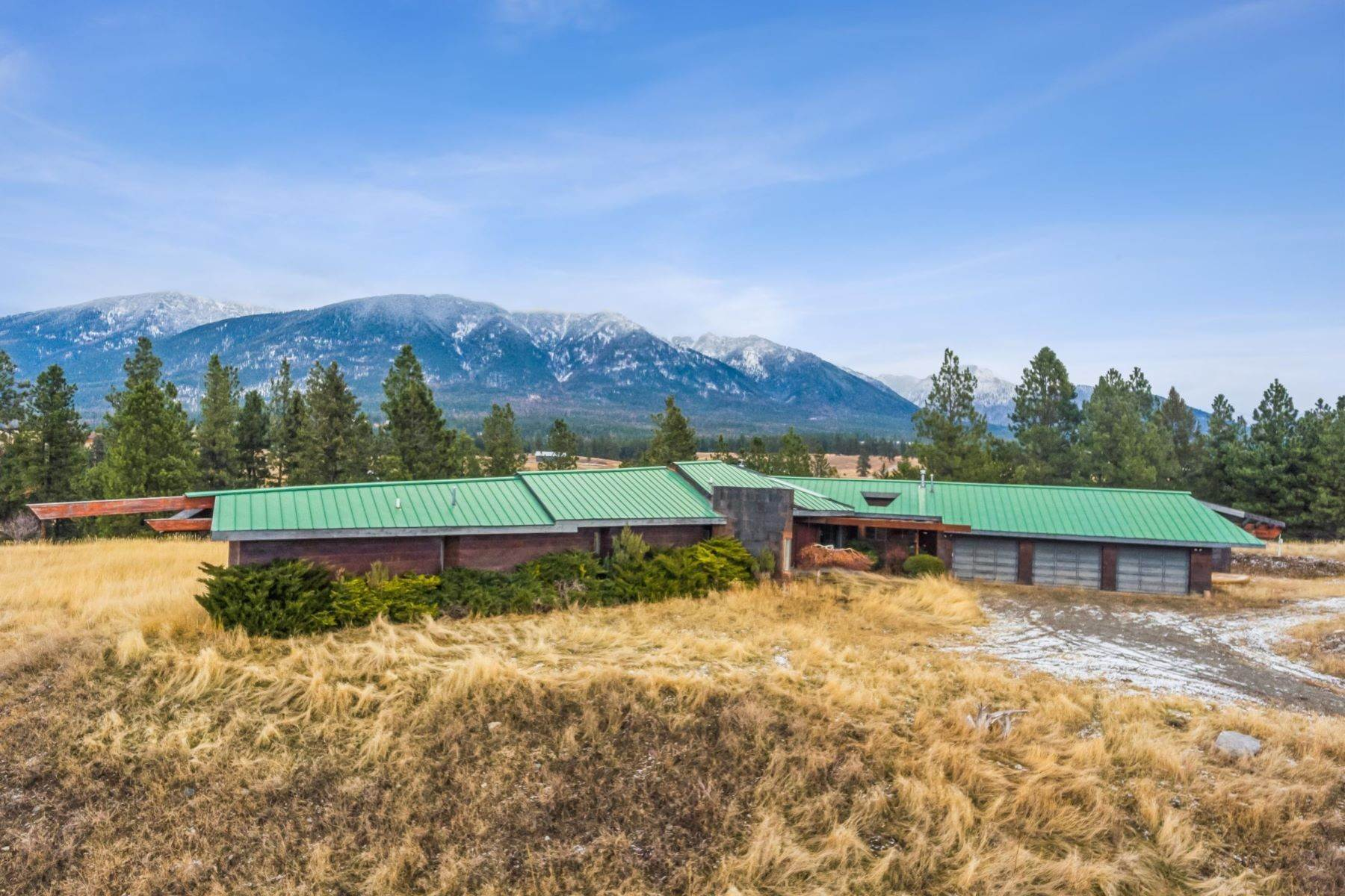 Single Family Homes for Sale at 225 Game Trail Eureka, Montana 59917 United States