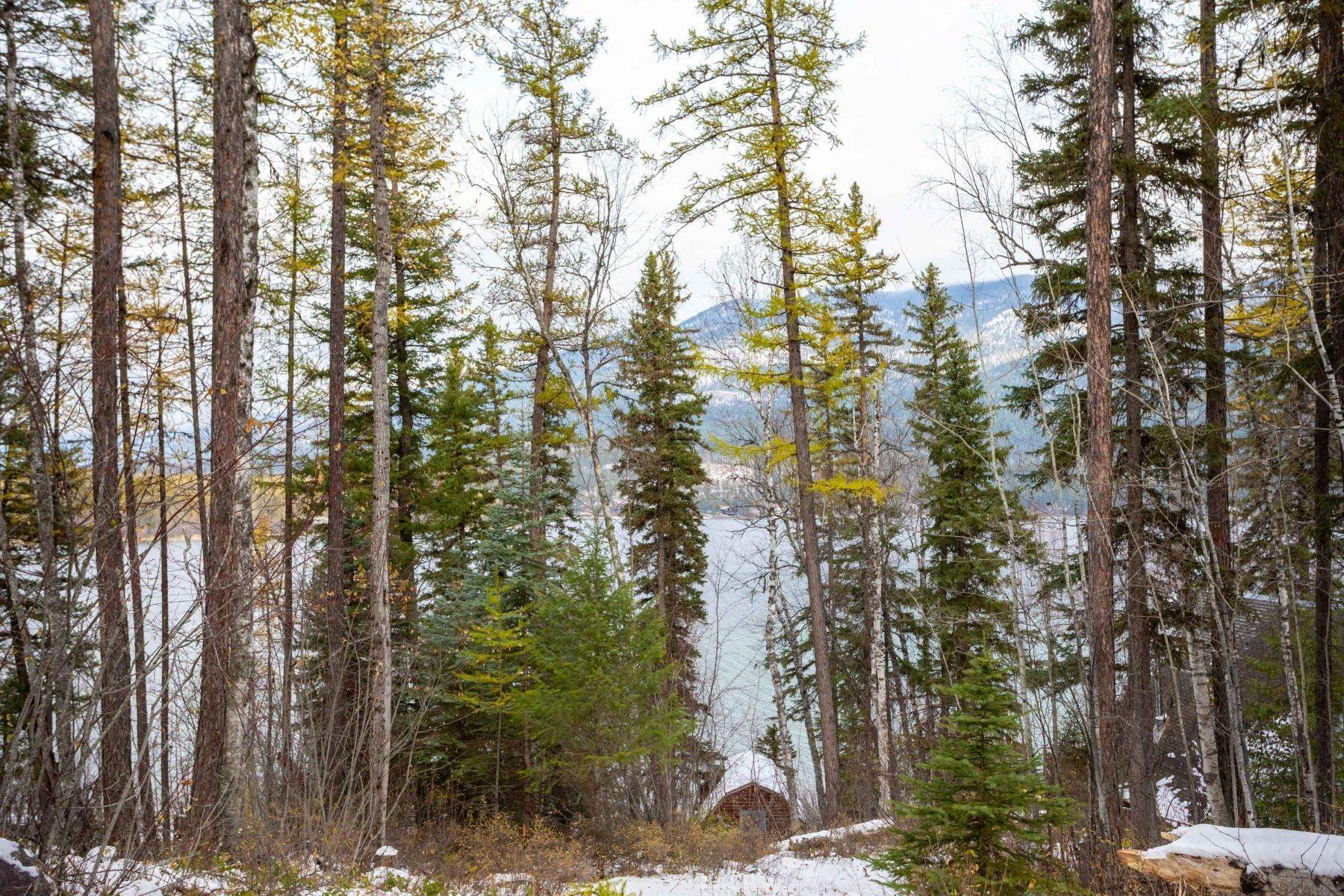 3. Single Family Homes for Sale at Whitefish Lake Frontage 737 Delrey Road Whitefish, Montana 59937 United States
