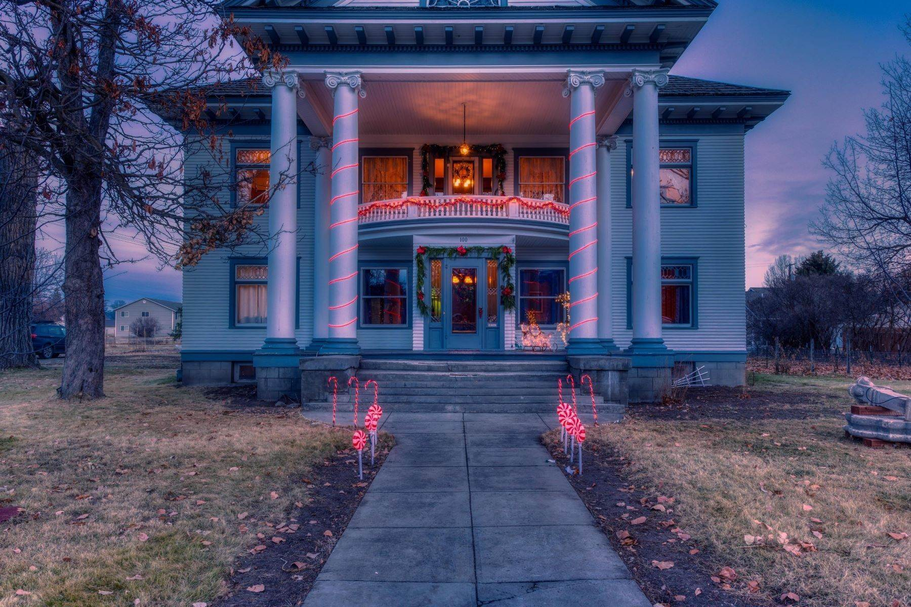 45. Single Family Homes for Sale at Historic Bass Mansion 100 College Street Stevensville, Montana 59870 United States