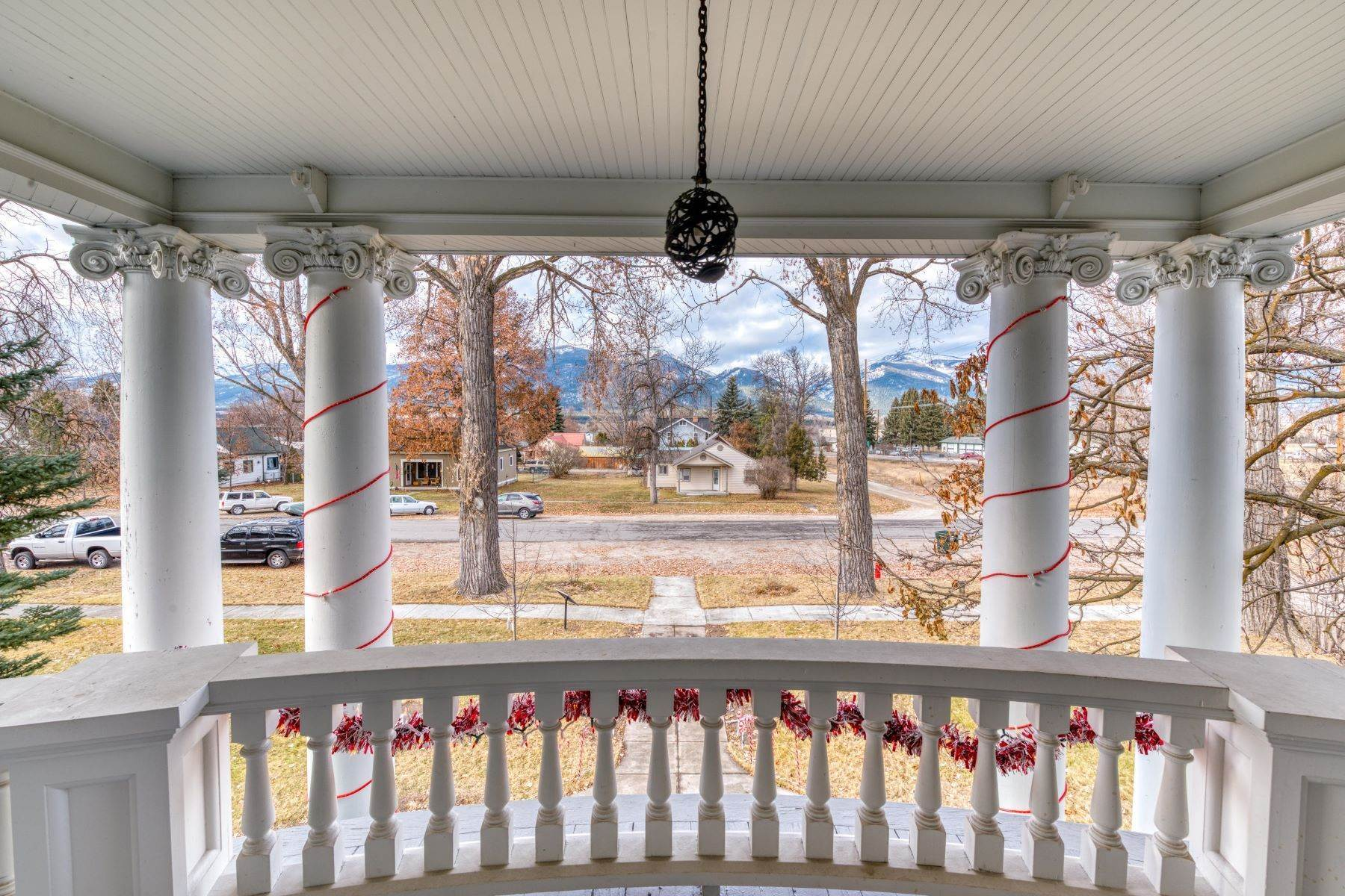 36. Single Family Homes for Sale at Historic Bass Mansion 100 College Street Stevensville, Montana 59870 United States