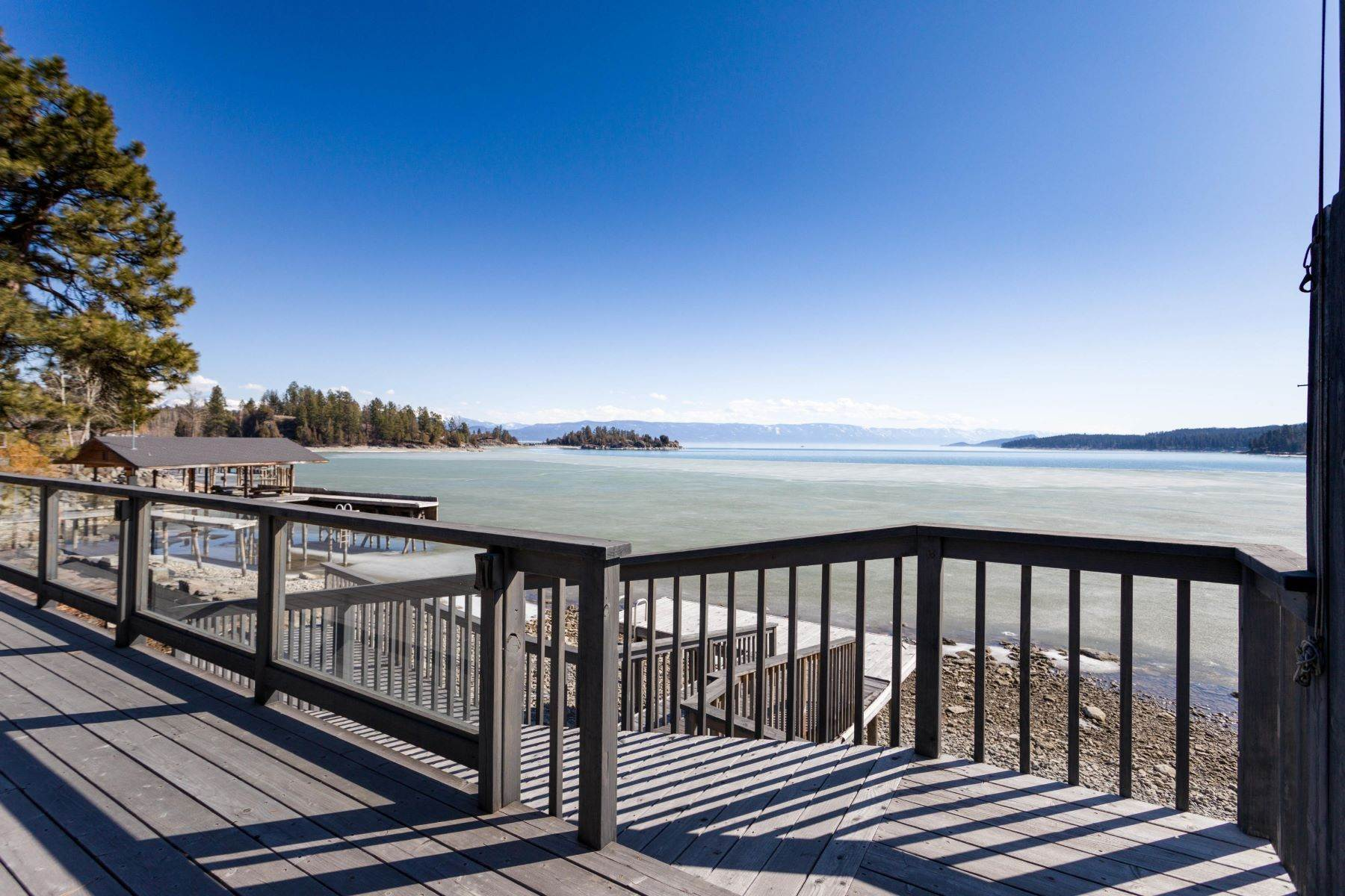 40. Single Family Homes for Sale at Flathead Lake Living 5505 Us Hwy 93 Somers, Montana 59932 United States