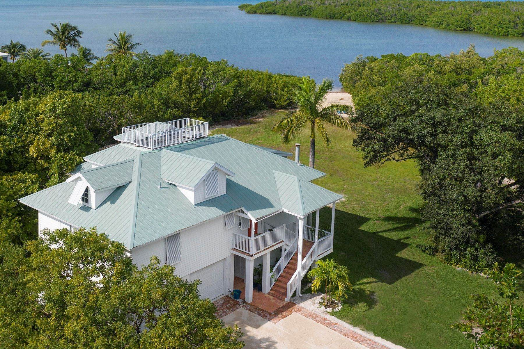 Single Family Homes for Sale at 179 Venetian Way, Islamorada, FL 179 Venetian Way Islamorada, Florida 33036 United States